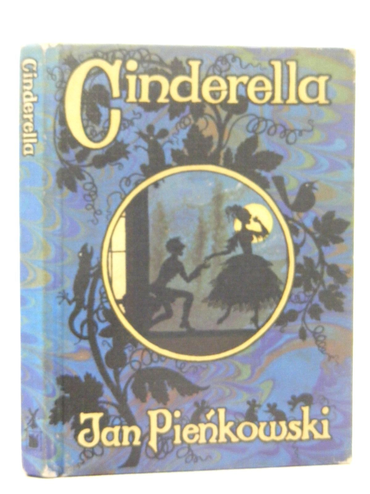 Photo of CINDERELLA written by Pienkowski, Jan Perrault, Charles illustrated by Pienkowski, Jan published by William Heinemann Ltd., Gallery Five (STOCK CODE: 2124894)  for sale by Stella & Rose's Books