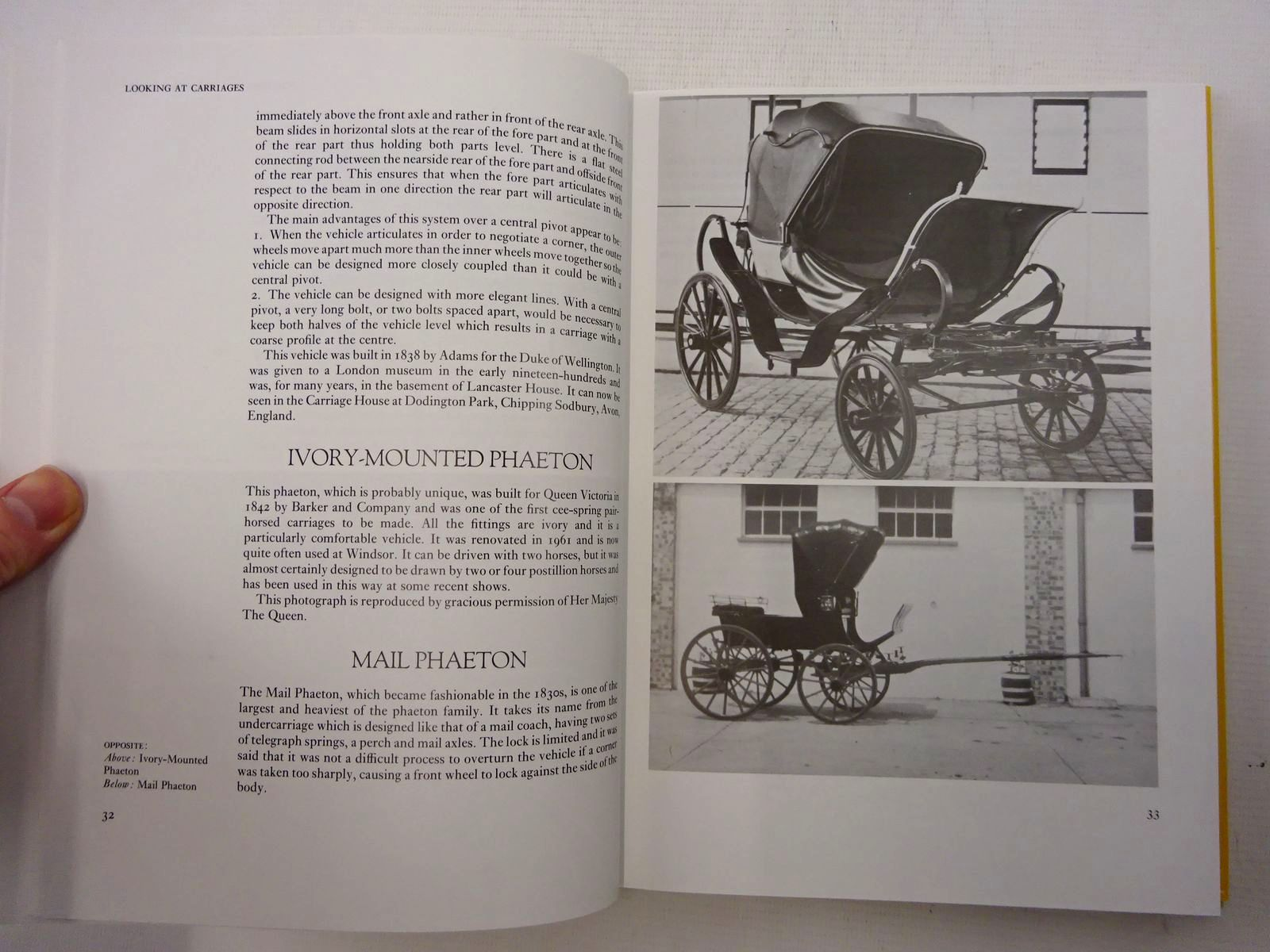 Photo of LOOKING AT CARRIAGES written by Walrond, Sallie published by J.A. Allen (STOCK CODE: 2125661)  for sale by Stella & Rose's Books