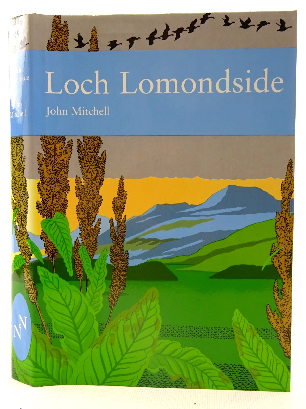Photo of LOCH LOMONDSIDE (NN 88) written by Mitchell, John published by Harper Collins (STOCK CODE: 2126122)  for sale by Stella & Rose's Books