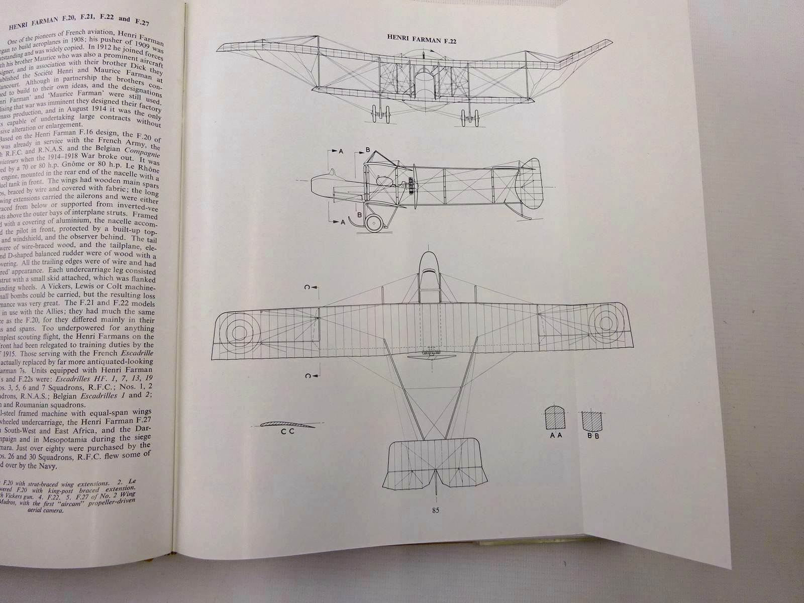Photo of RECONNAISSANCE & BOMBER AIRCRAFT OF THE 1914-1948 WAR written by Lamberton, W.M.