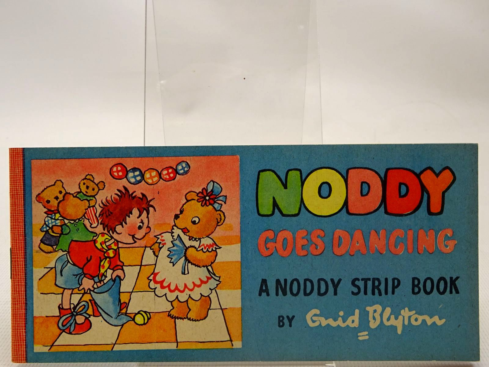 Photo of NODDY GOES DANCING- Stock Number: 2126911