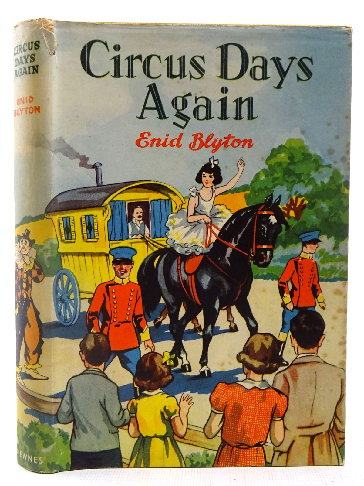 Photo of CIRCUS DAYS AGAIN written by Blyton, Enid illustrated by Davie, E.H. published by George Newnes Ltd. (STOCK CODE: 2127412)  for sale by Stella & Rose's Books