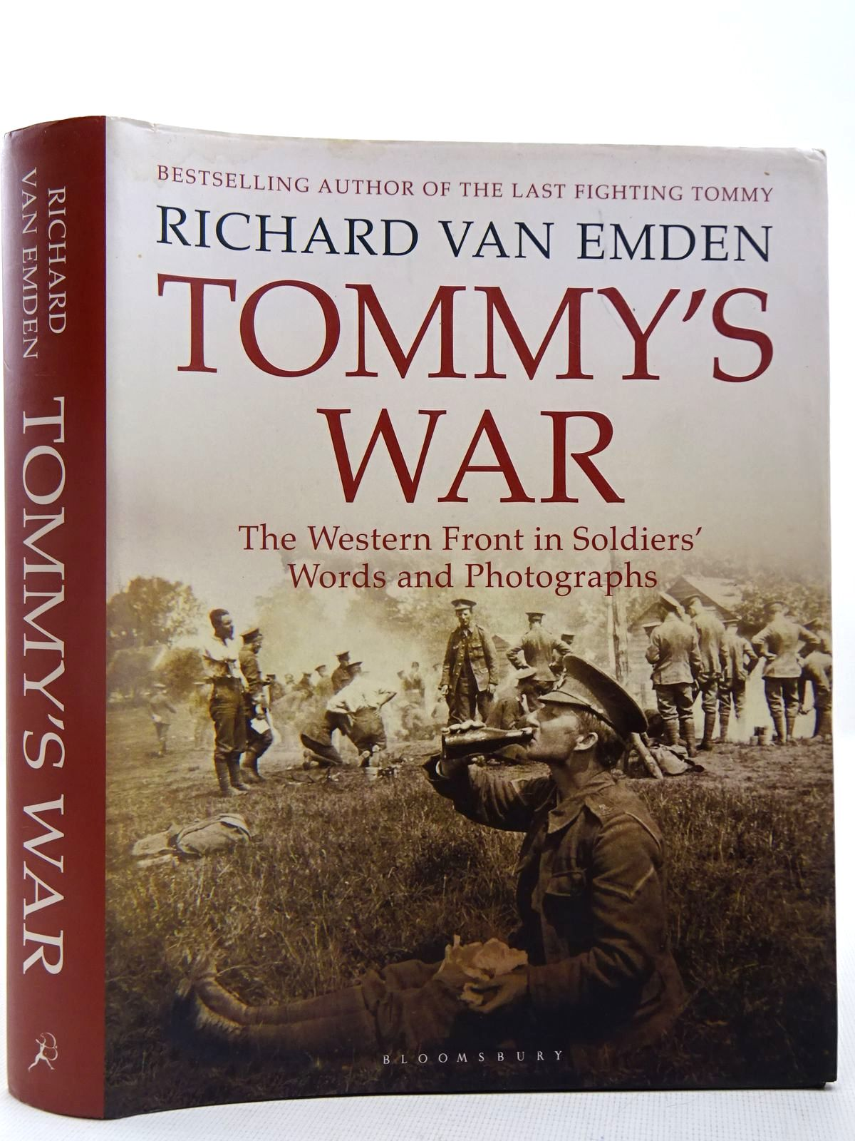 Photo of TOMMY'S WAR THE WESTERN FRONT IN SOLDIERS' WORDS AND PHOTOGRAPHS- Stock Number: 2127893