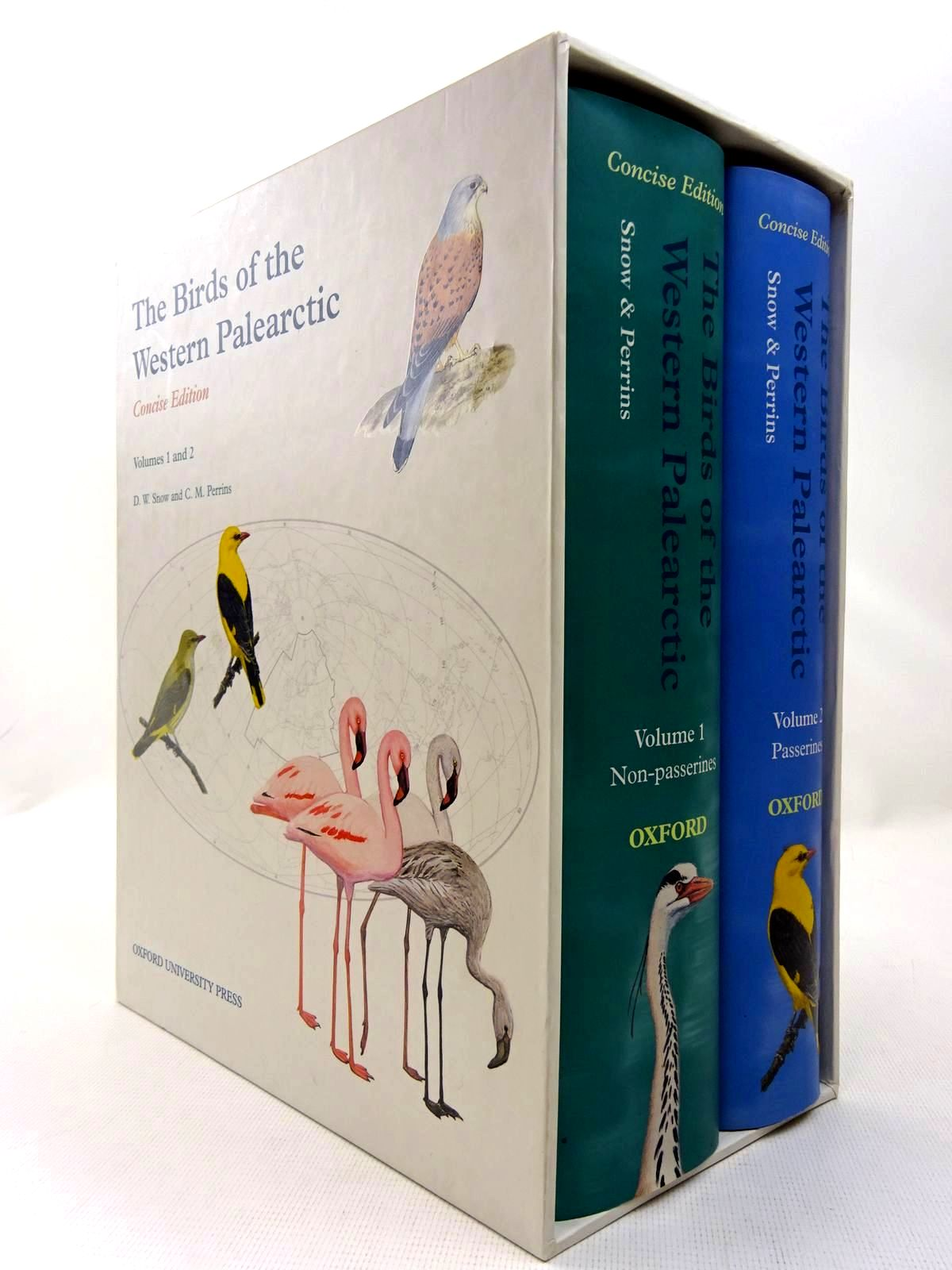 Photo of THE BIRDS OF THE WESTERN PALEARCTIC CONCISE EDITION VOLUMES 1 AND 2 written by Snow, D.W.<br />Perrins, Christopher M. published by Oxford University Press (STOCK CODE: 2127955)  for sale by Stella & Rose's Books