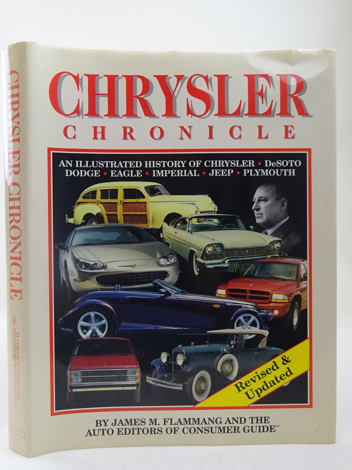 Photo of CHRYSLER CHRONICLE written by Flammang, James M. et al,  published by Publications International Ltd. (STOCK CODE: 2127977)  for sale by Stella & Rose's Books