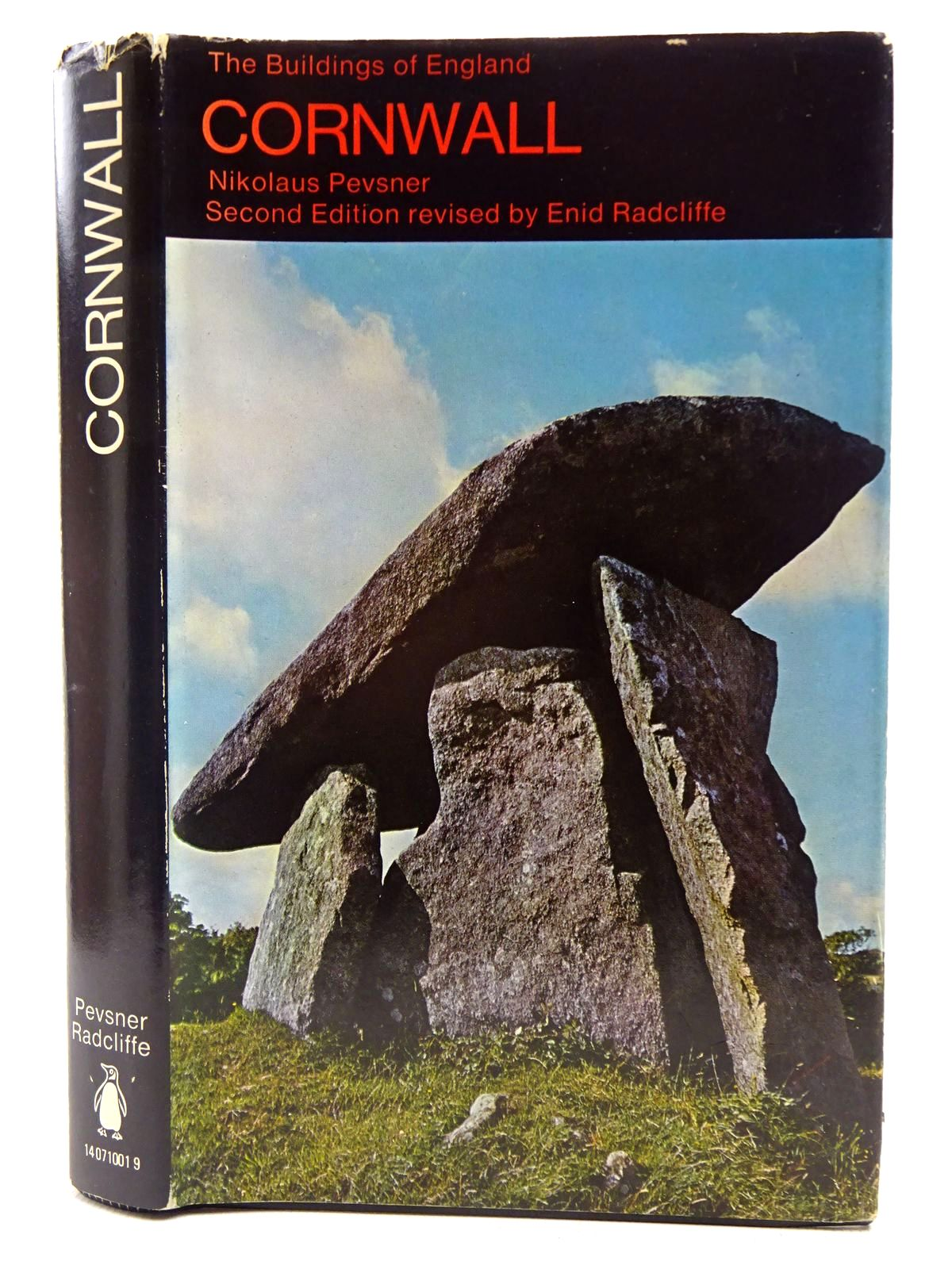 Photo of CORNWALL (BUILDINGS OF ENGLAND) written by Pevsner, Nikolaus<br />Radcliffe, Enid published by Penguin (STOCK CODE: 2128648)  for sale by Stella & Rose's Books