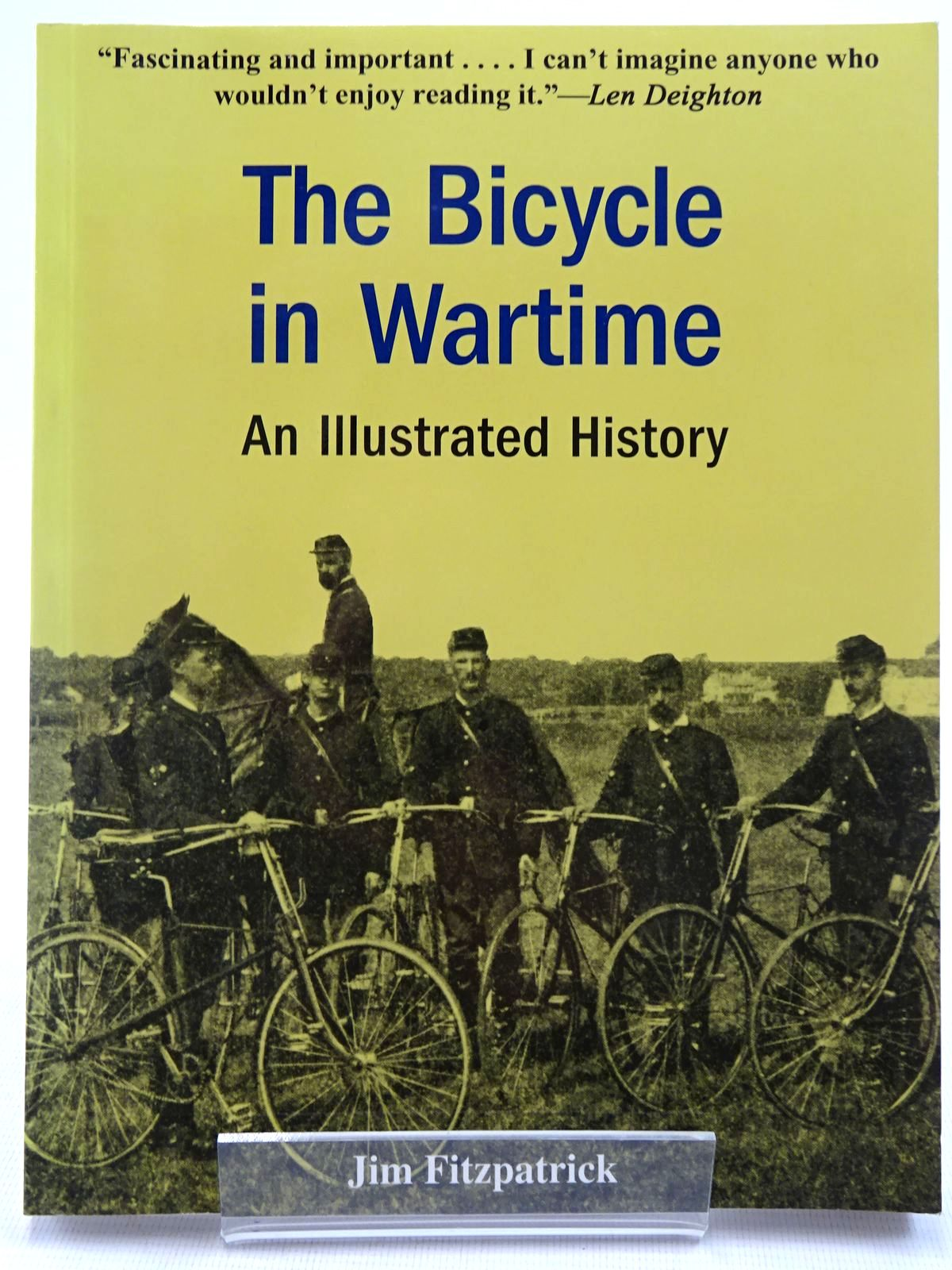 Photo of THE BICYCLE IN WARTIME AN ILLUSTRATED HISTORY written by Fitzpatrick, Jim published by Brassey's (STOCK CODE: 2129009)  for sale by Stella & Rose's Books