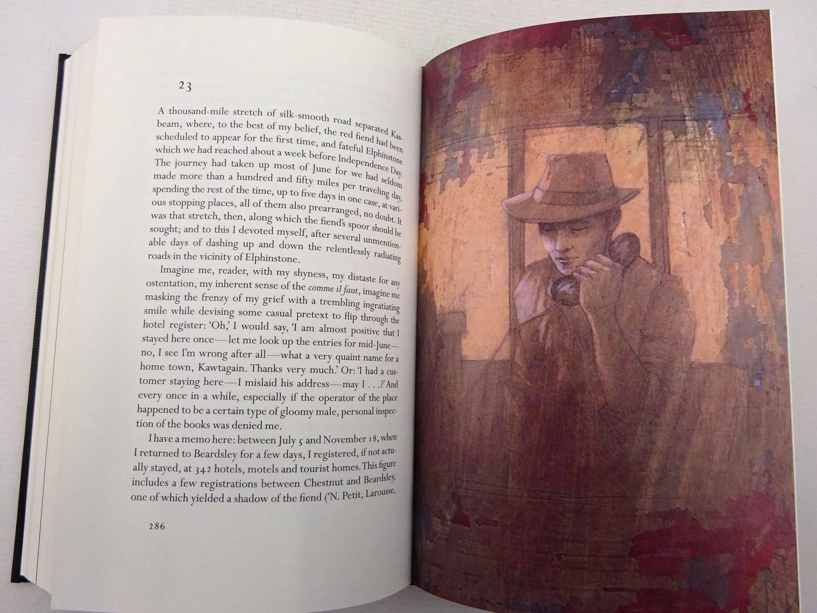 Photo of LOLITA written by Nabokov, Vladimir