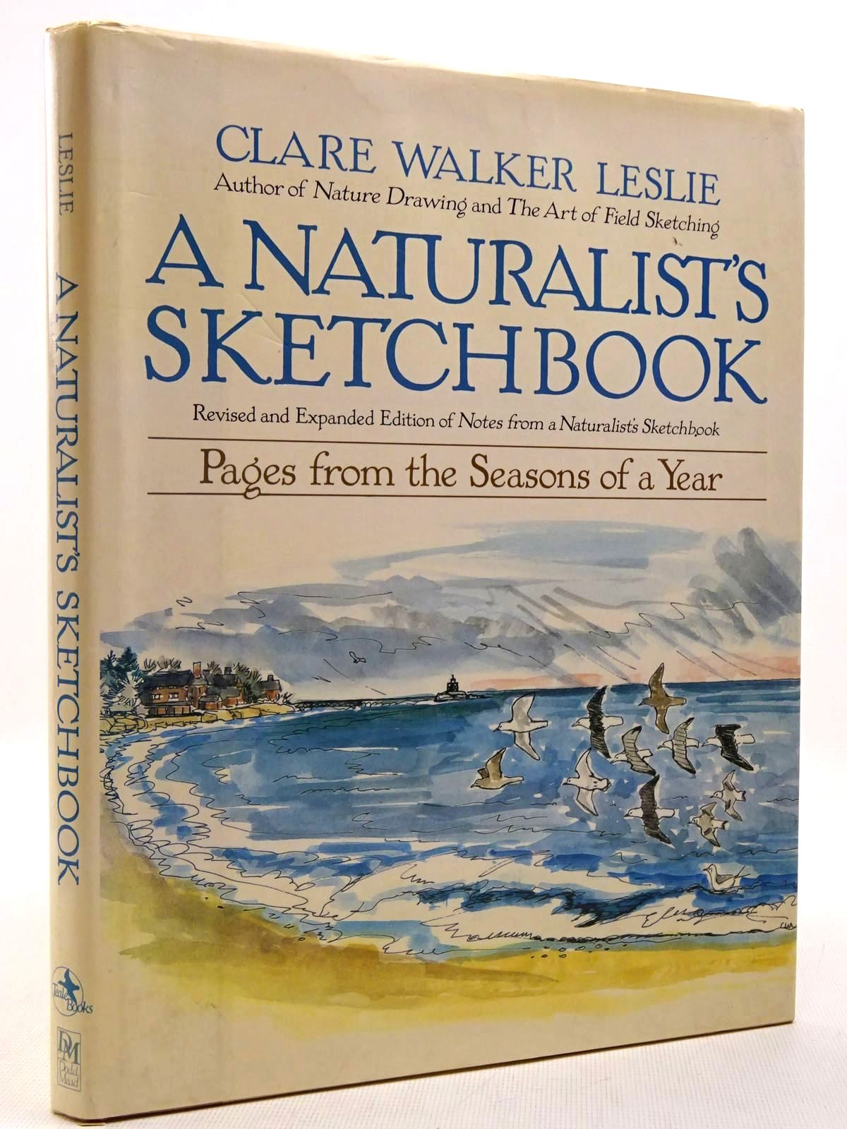 Photo of A NATURALIST'S SKETCHBOOK written by Leslie, Clare Walker illustrated by Leslie, Clare Walker published by Dodd, Mead & Company (STOCK CODE: 2129156)  for sale by Stella & Rose's Books