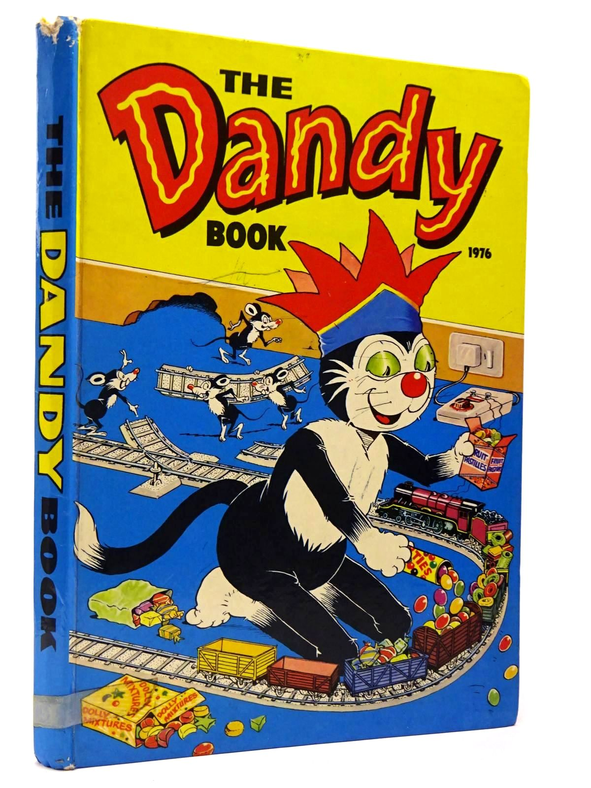 Photo of THE DANDY BOOK 1976 published by D.C. Thomson & Co Ltd. (STOCK CODE: 2129726)  for sale by Stella & Rose's Books