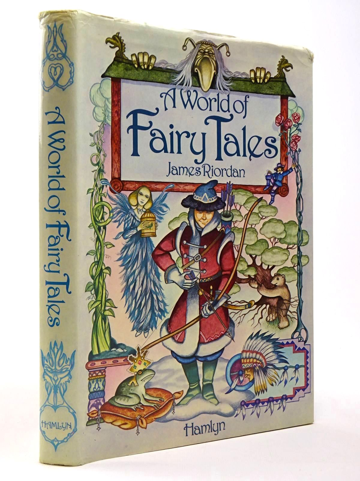 Photo of A WORLD OF FAIRY TALES written by Riordan, James illustrated by Chalk, Gary<br />Hall, Douglas<br />et al.,  published by Hamlyn (STOCK CODE: 2129861)  for sale by Stella & Rose's Books