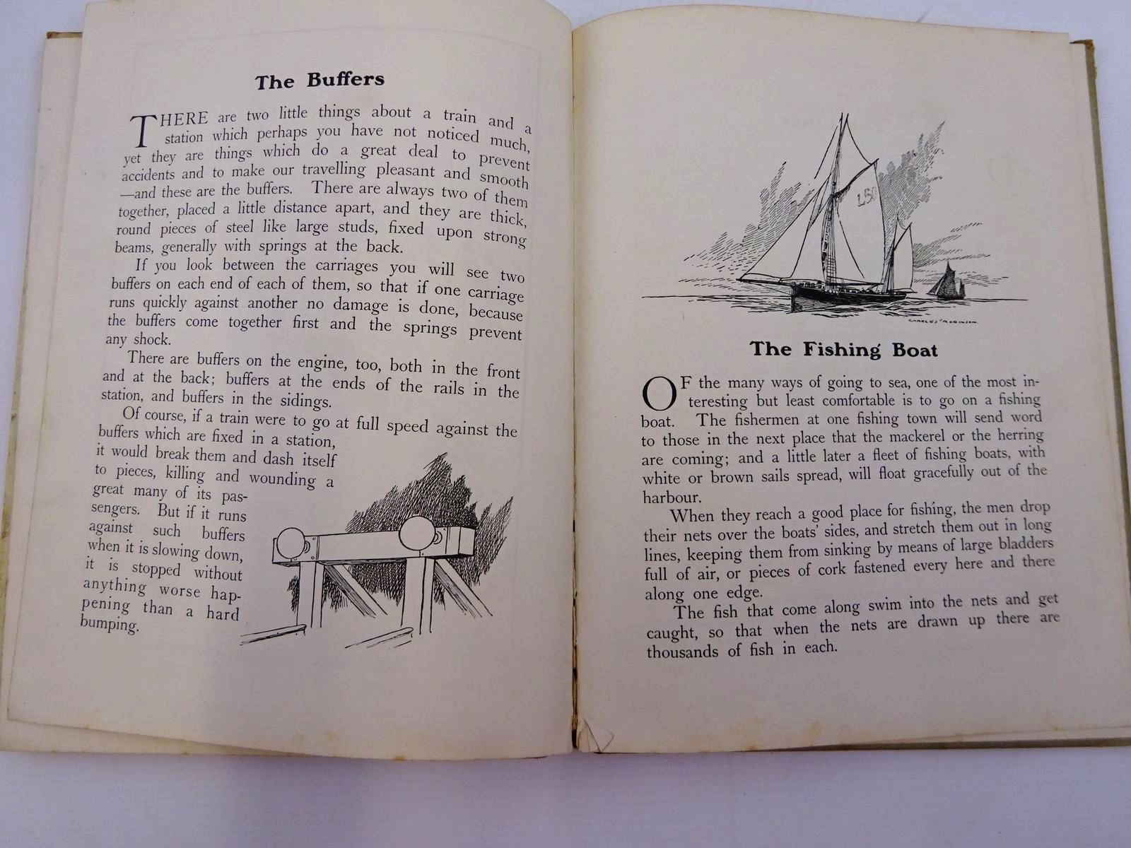 Photo of ROAD, RAIL AND SEA written by Jerrold, Clare illustrated by Robinson, Charles published by Blackie & Son Ltd. (STOCK CODE: 2131319)  for sale by Stella & Rose's Books
