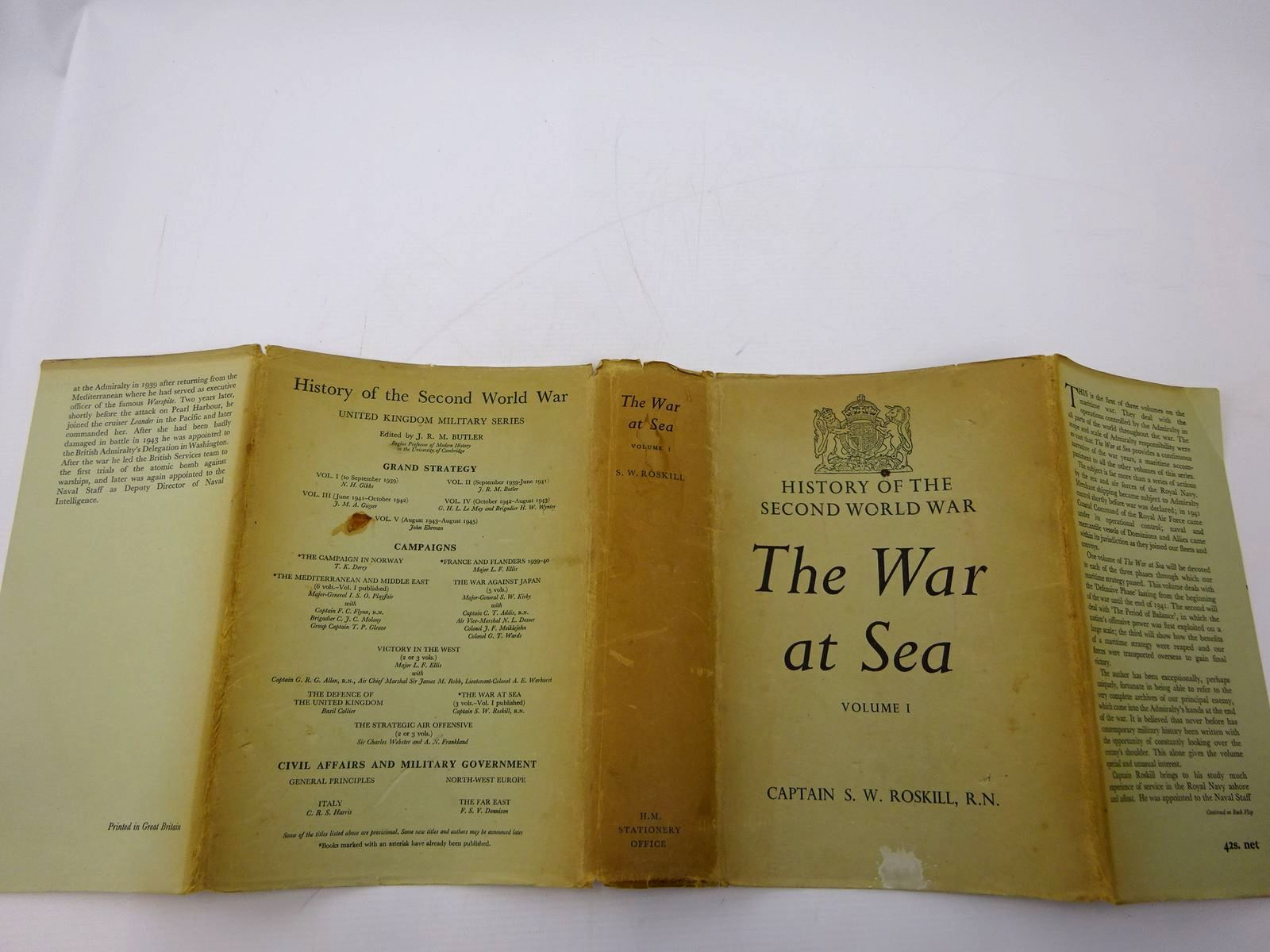 Photo of THE WAR AT SEA VOLUME 1 1939-1945 written by Roskill, Stephen W. published by HMSO (STOCK CODE: 2131393)  for sale by Stella & Rose's Books