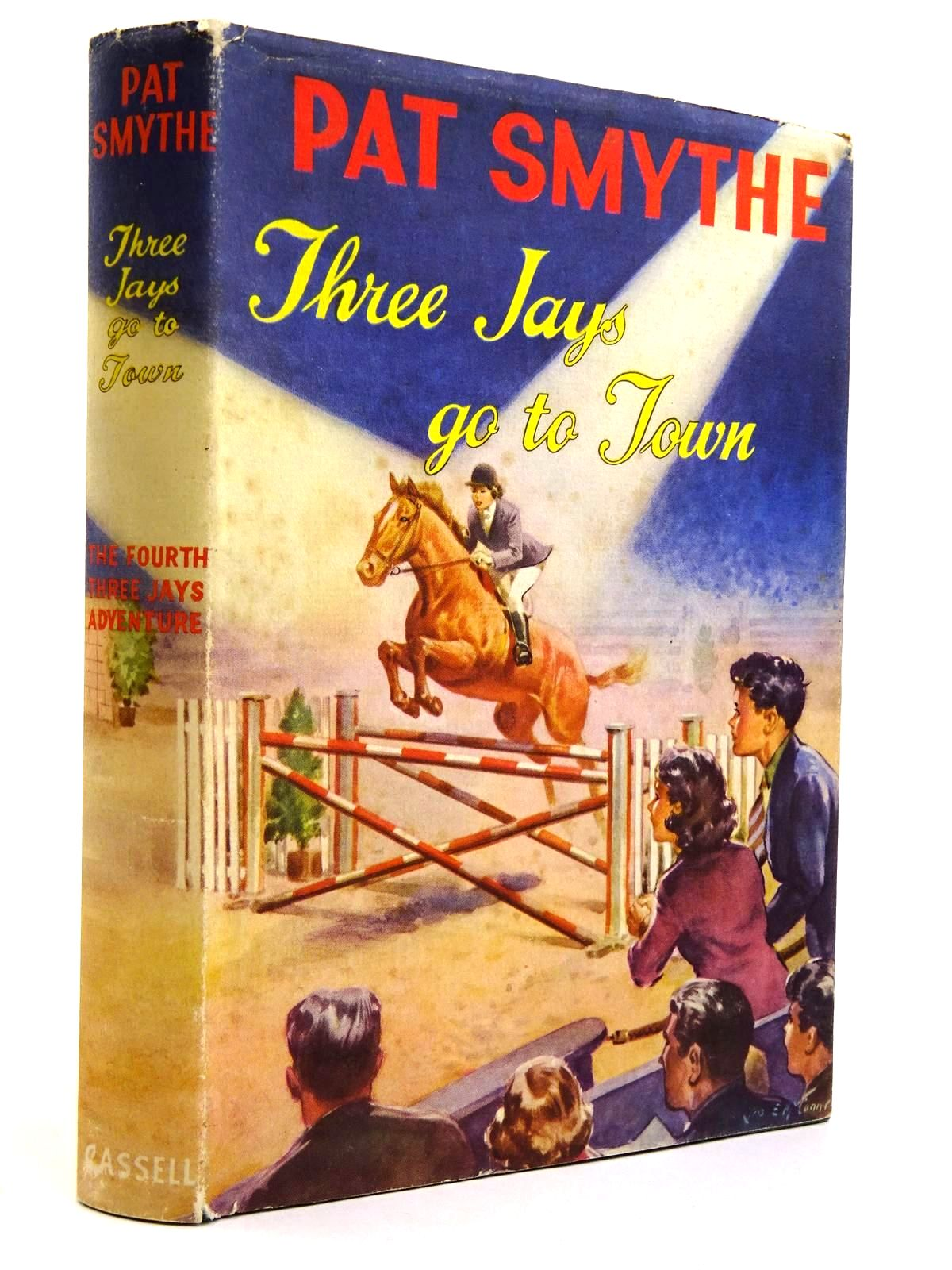 Photo of THREE JAYS GO TO TOWN written by Smythe, Pat illustrated by McConnell, J.E. published by Cassell (STOCK CODE: 2131622)  for sale by Stella & Rose's Books