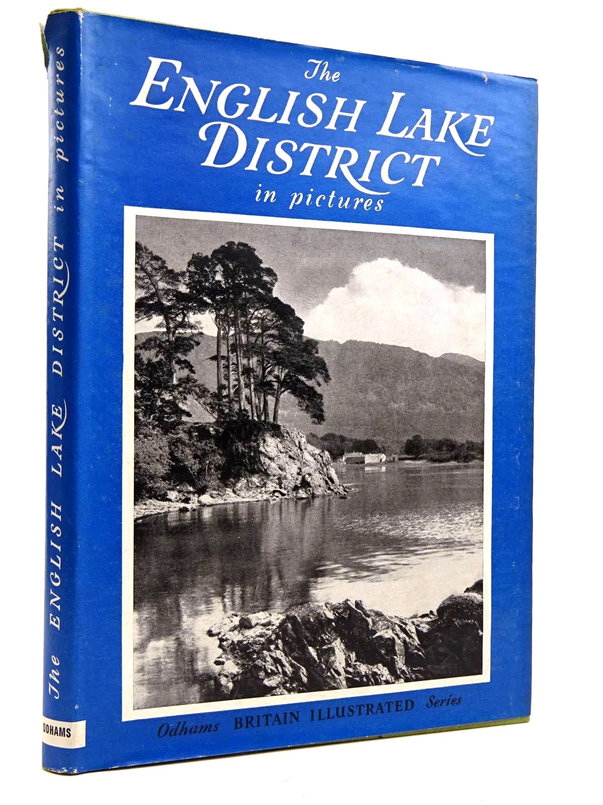 Photo of THE ENGLISH LAKE DISTRICT IN PICTURES written by Birkett, Norman published by Odhams Press (STOCK CODE: 2131683)  for sale by Stella & Rose's Books