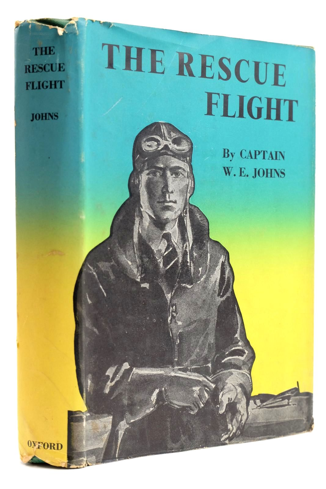 Photo of THE RESCUE FLIGHT written by Johns, W.E. illustrated by Sindall, Alfred published by Oxford University Press, Geoffrey Cumberlege (STOCK CODE: 2131799)  for sale by Stella & Rose's Books