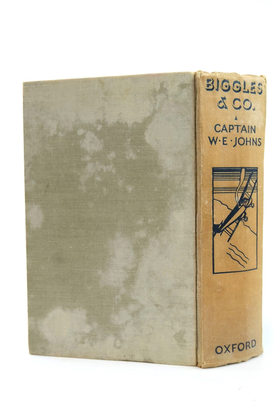 Photo of BIGGLES & CO. written by Johns, W.E. illustrated by Leigh, Howard Sindall, Alfred published by Oxford University Press, Humphrey Milford (STOCK CODE: 2131857)  for sale by Stella & Rose's Books