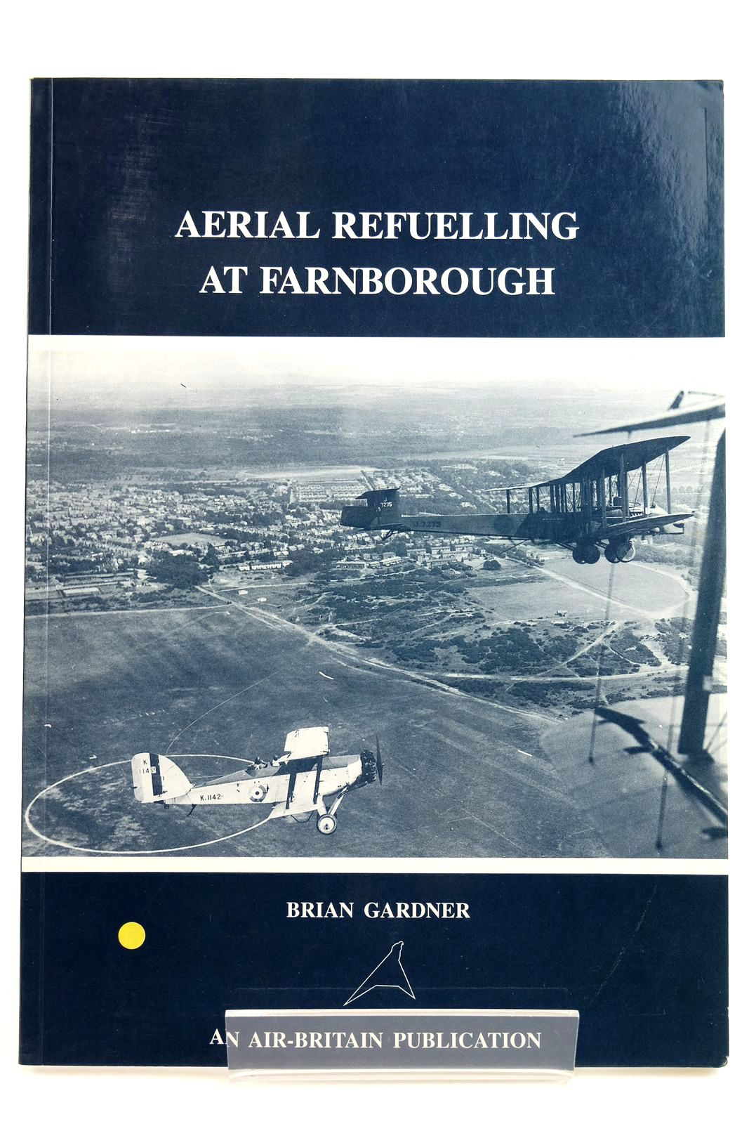 Photo of AERIAL REFUELLING AT FARNBOROUGH- Stock Number: 2132215