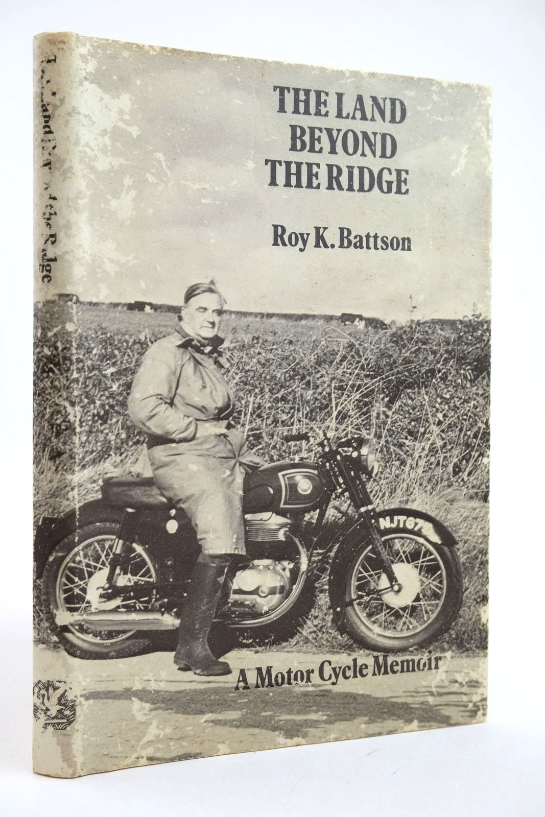 Photo of THE LAND BEYOND THE RIDGE written by Battson, Roy K. published by Goose and Son (STOCK CODE: 2132357)  for sale by Stella & Rose's Books