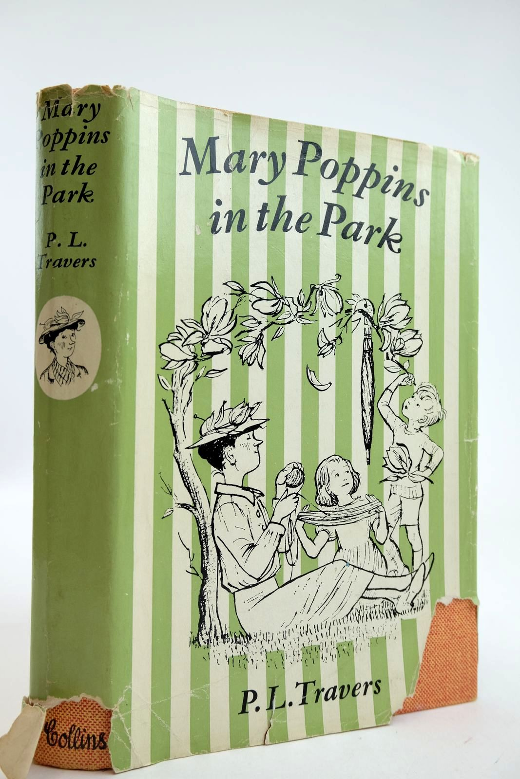 Photo of MARY POPPINS IN THE PARK- Stock Number: 2132415