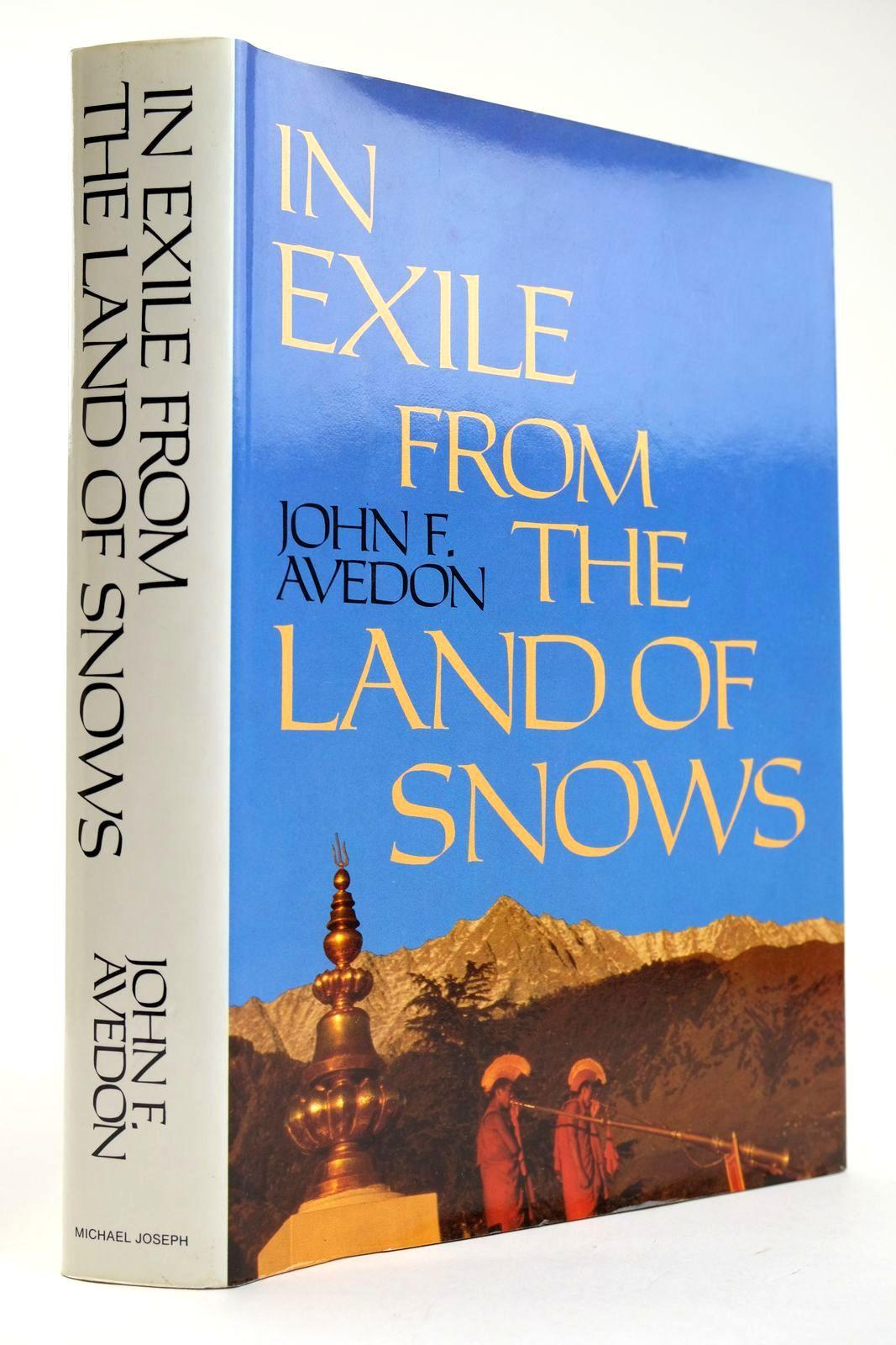Photo of IN EXILE FROM THE LAND OF SNOWS written by Avedon, John F. published by Michael Joseph (STOCK CODE: 2132473)  for sale by Stella & Rose's Books