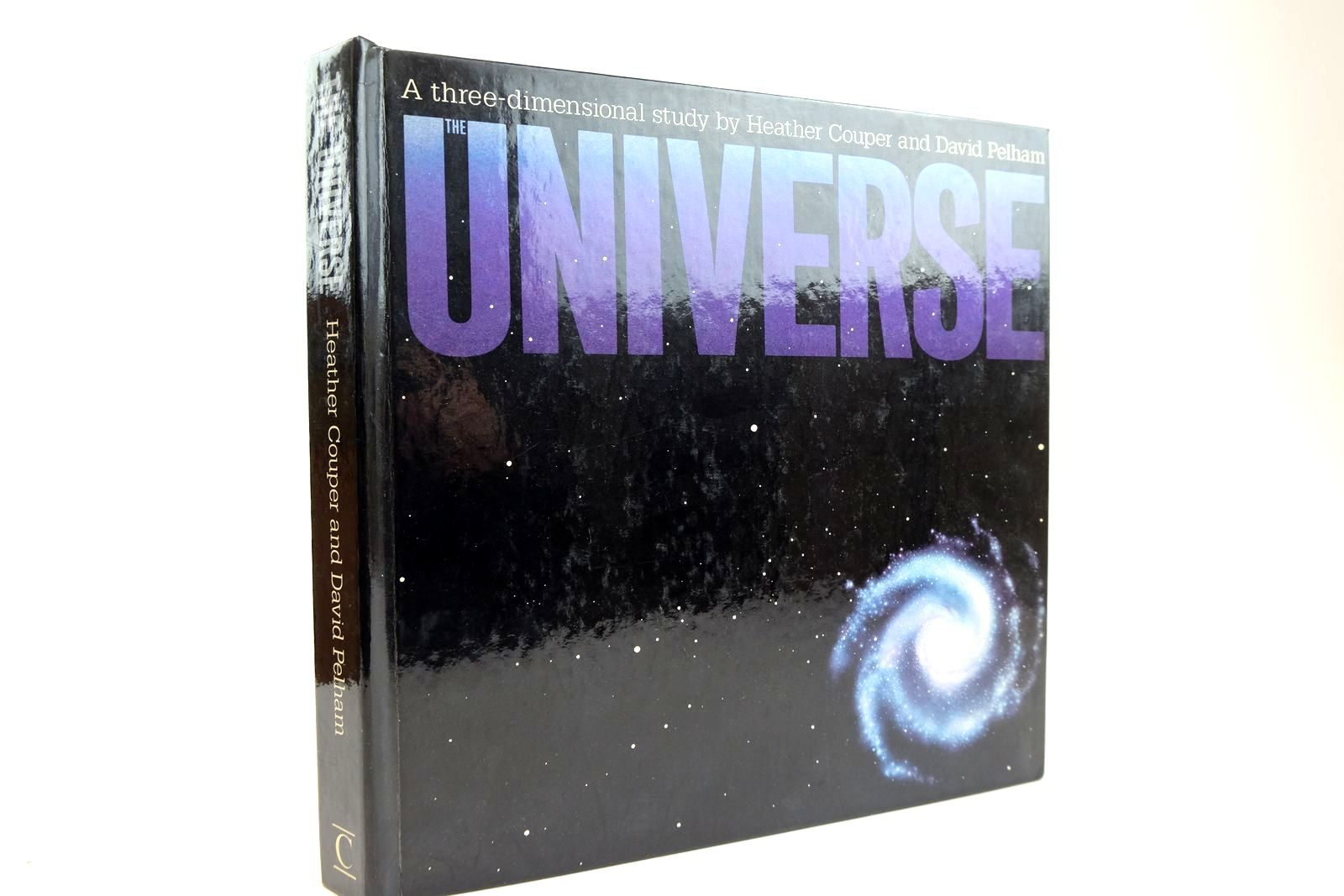 Photo of THE UNIVERSE A THREE-DIMENSIONAL STUDY written by Couper, Heather Pelham, David illustrated by Willock, Harry published by Century Publishing (STOCK CODE: 2132526)  for sale by Stella & Rose's Books