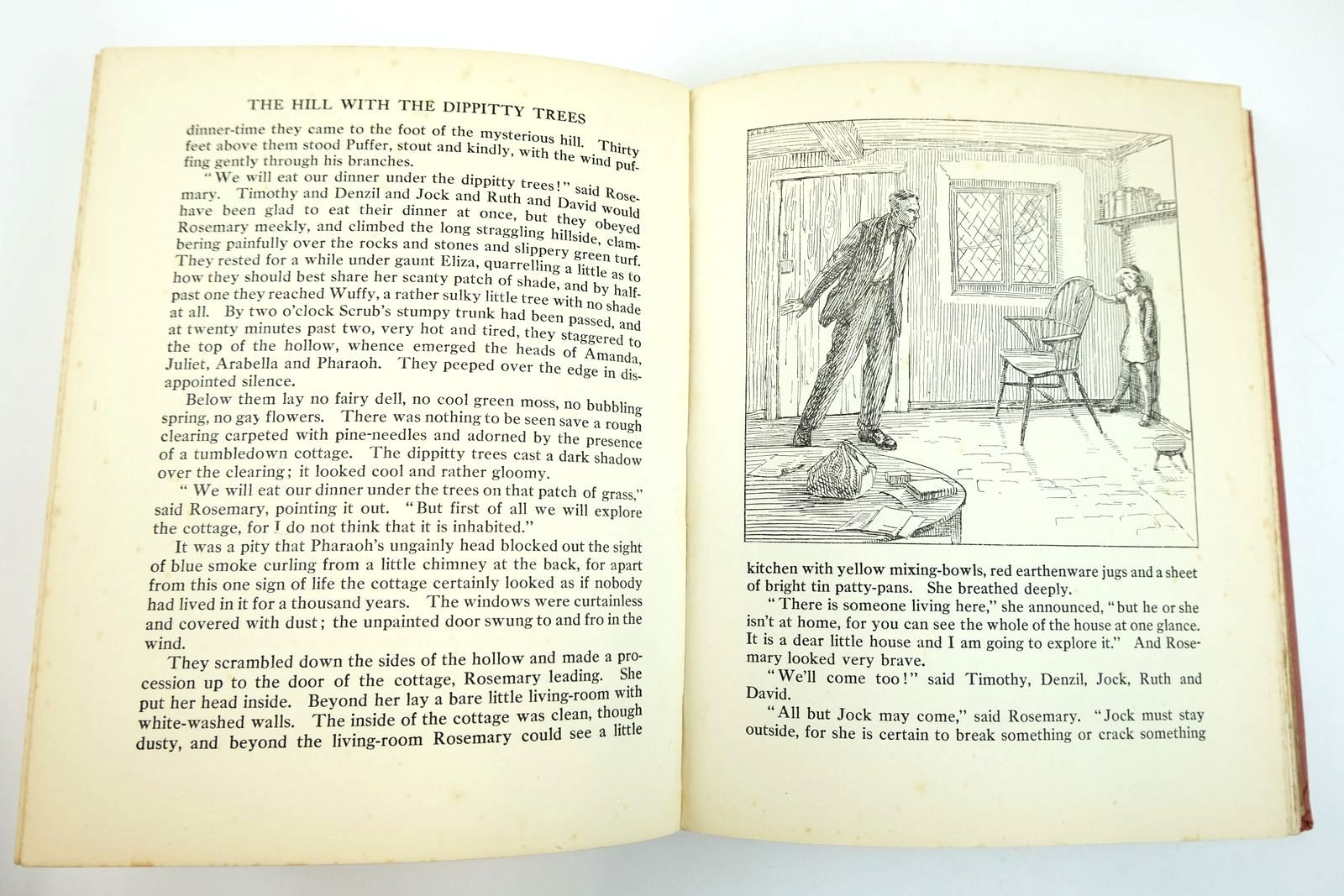 Photo of THE OXFORD ANNUAL FOR CHILDREN 17TH YEAR written by Baker, Margaret Bayne, Charles S. Rutley, Cecily M. Englefield, Cicely et al,  illustrated by Reeve, Mary Strange Lodge, Grace Peart, M.A. Watson, A.H. Harrison, Florence et al.,  published by Oxford University Press, Humphrey Milford (STOCK CODE: 2132699)  for sale by Stella & Rose's Books