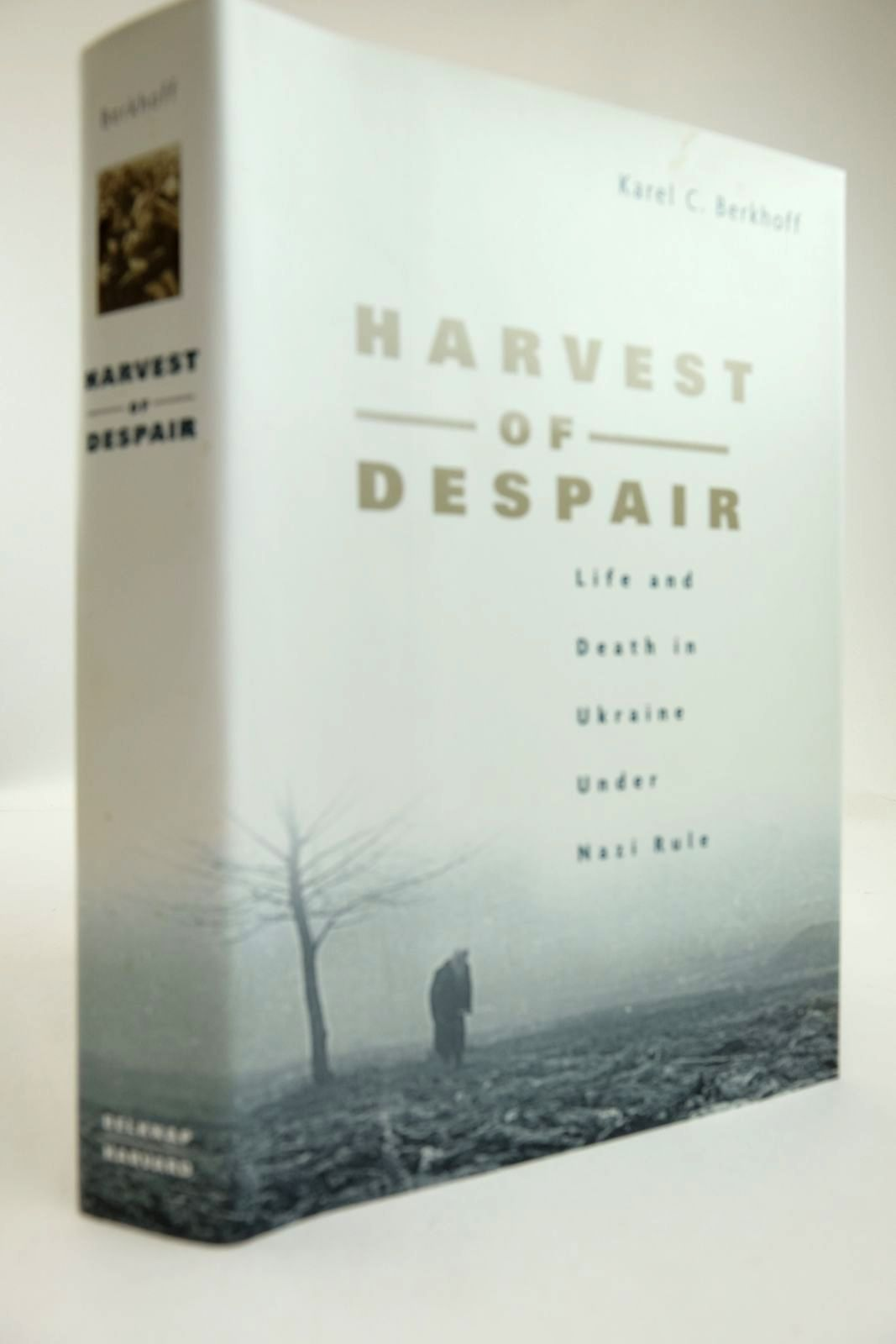 Photo of HARVEST OF DESPAIR written by Berkhoff, Karel C. published by Belknap Press (STOCK CODE: 2132853)  for sale by Stella & Rose's Books