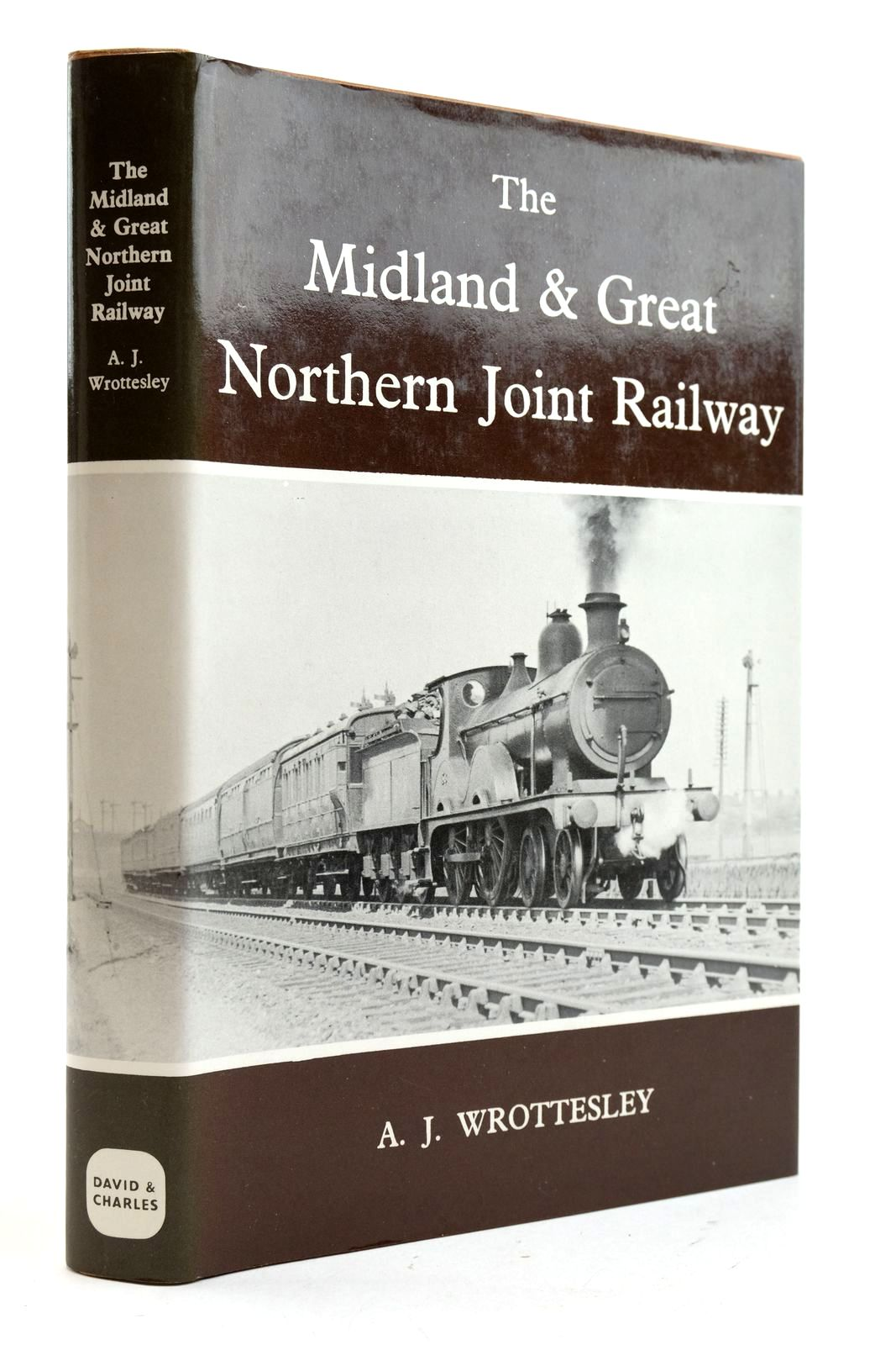 Photo of THE MIDLAND & GREAT NORTHERN JOINT RAILWAY written by Wrottesley, A.J. published by David & Charles (STOCK CODE: 2133045)  for sale by Stella & Rose's Books
