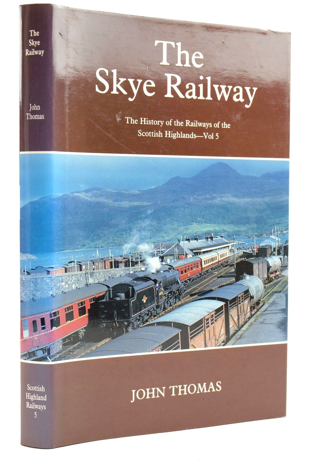 Photo of THE SKYE RAILWAY written by Thomas, John published by David St John Thomas, David & Charles (STOCK CODE: 2133113)  for sale by Stella & Rose's Books