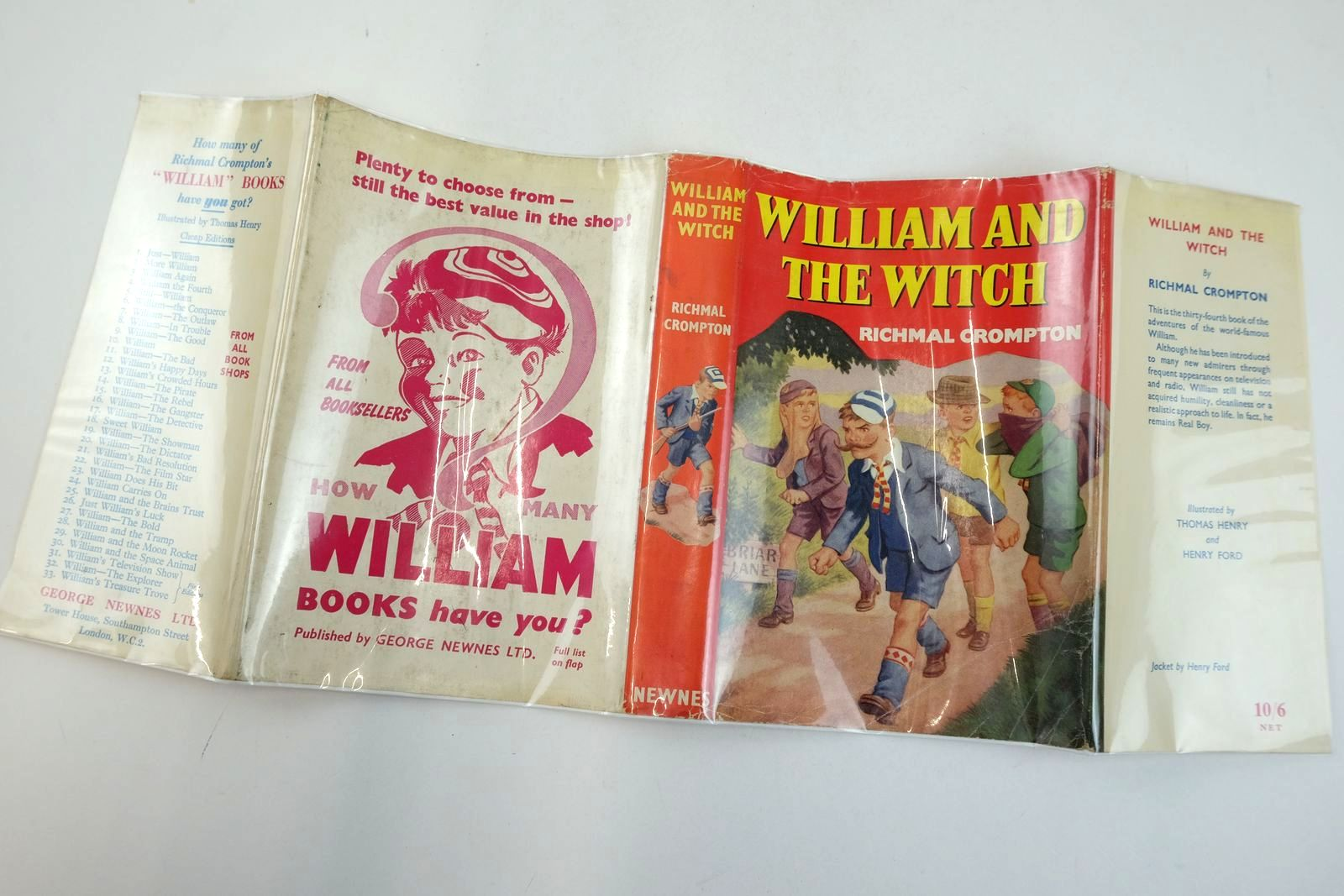 Photo of WILLIAM AND THE WITCH written by Crompton, Richmal illustrated by Henry, Thomas Ford, Henry published by George Newnes Limited (STOCK CODE: 2133197)  for sale by Stella & Rose's Books