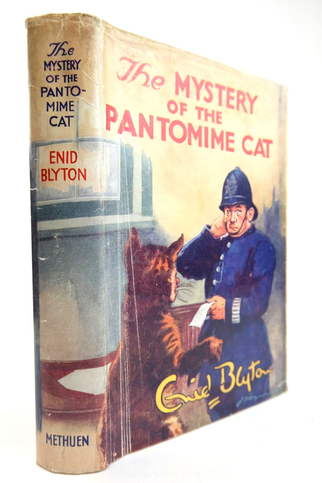 Photo of THE MYSTERY OF THE PANTOMIME CAT written by Blyton, Enid illustrated by Abbey, J. published by Methuen & Co. Ltd. (STOCK CODE: 2133406)  for sale by Stella & Rose's Books