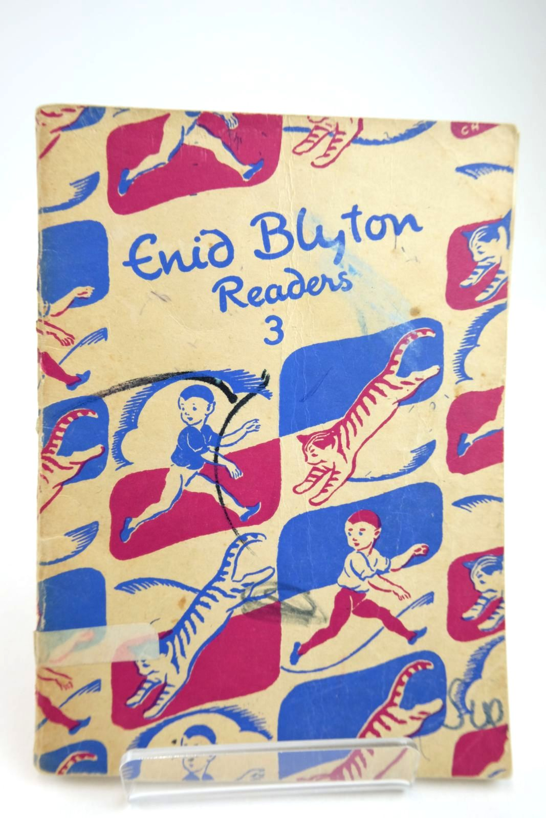 Photo of ENID BLYTON READERS 3 written by Blyton, Enid illustrated by Soper, Eileen published by Macmillan & Co. Ltd. (STOCK CODE: 2133407)  for sale by Stella & Rose's Books