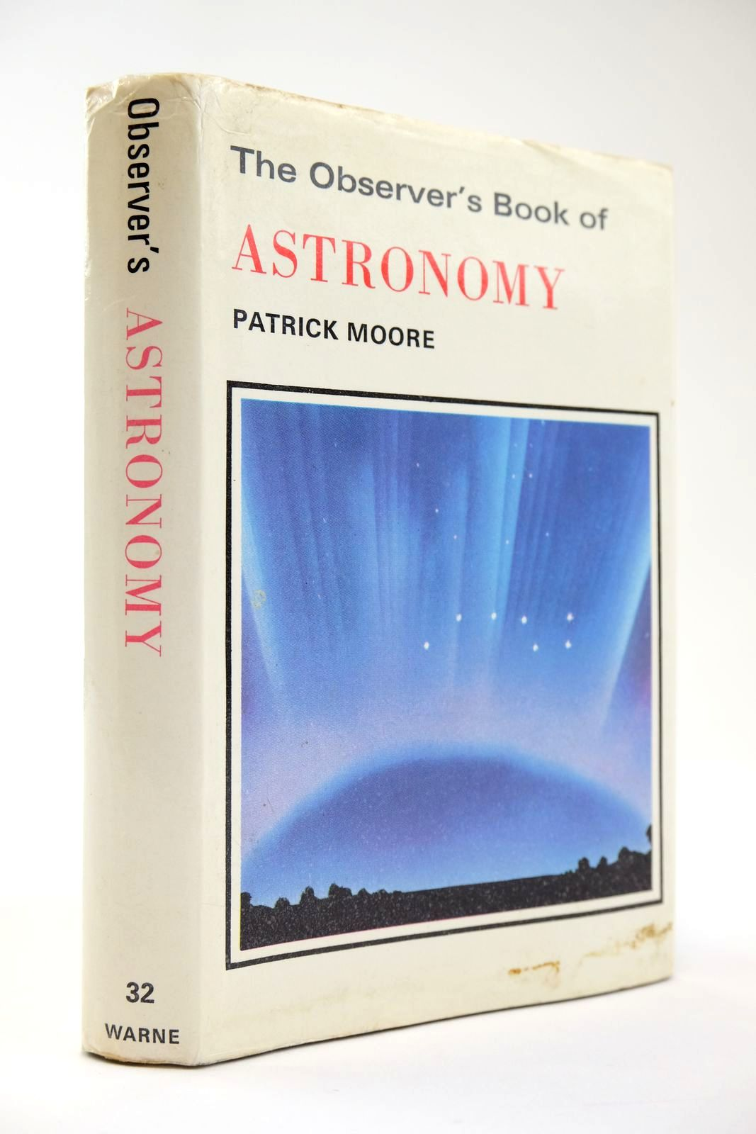 Photo of THE OBSERVER'S BOOK OF ASTRONOMY- Stock Number: 2133542