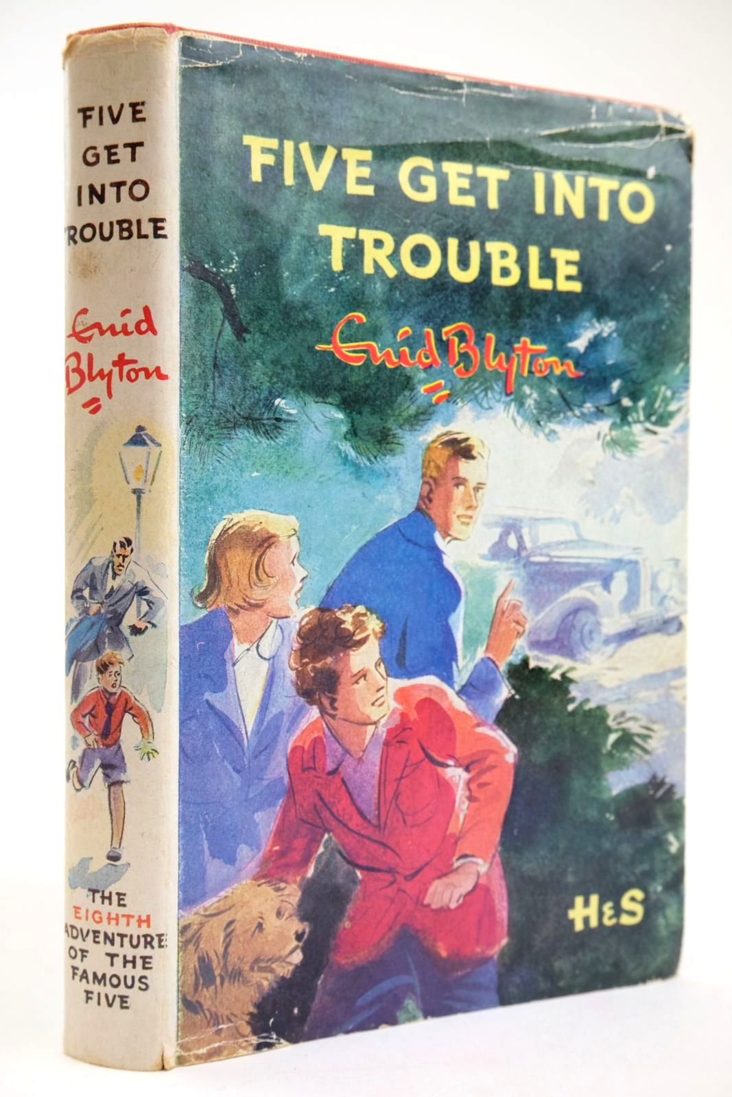 Photo of FIVE GET INTO TROUBLE- Stock Number: 2133558