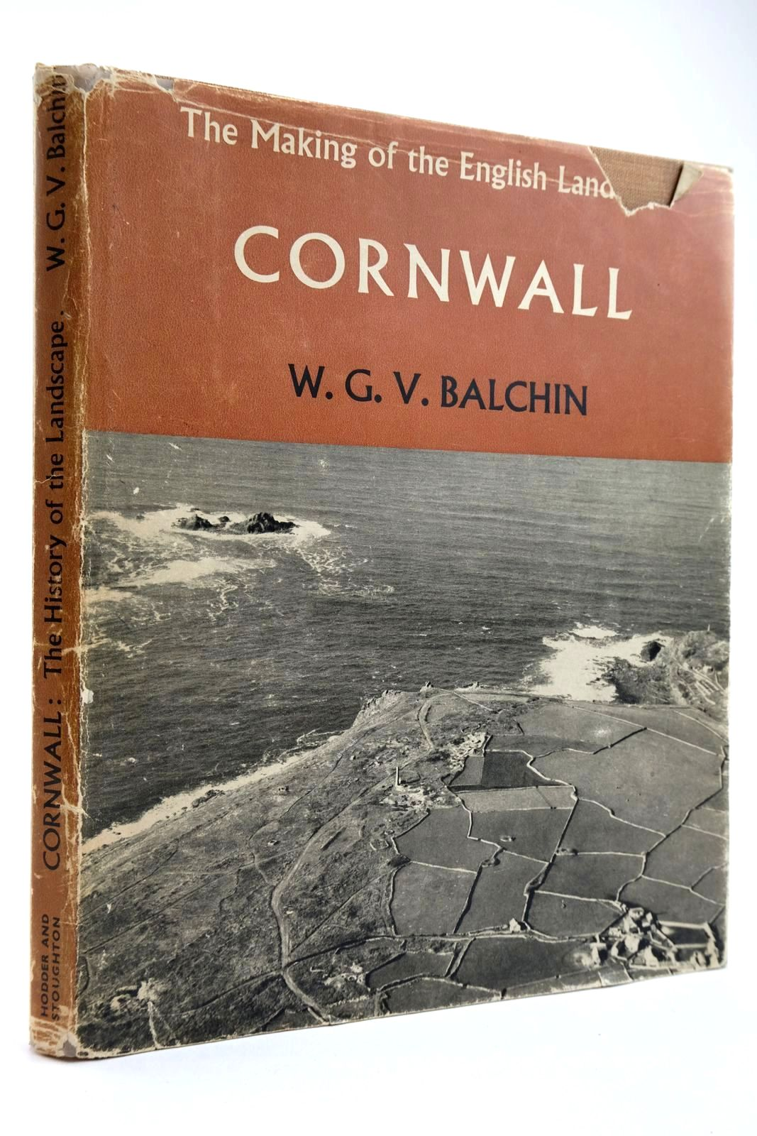 Photo of CORNWALL AN ILLUSTRATED ESSAY ON THE HISTORY OF THE LANDSCAPE written by Balchin, W.G.V. published by Hodder & Stoughton (STOCK CODE: 2133685)  for sale by Stella & Rose's Books
