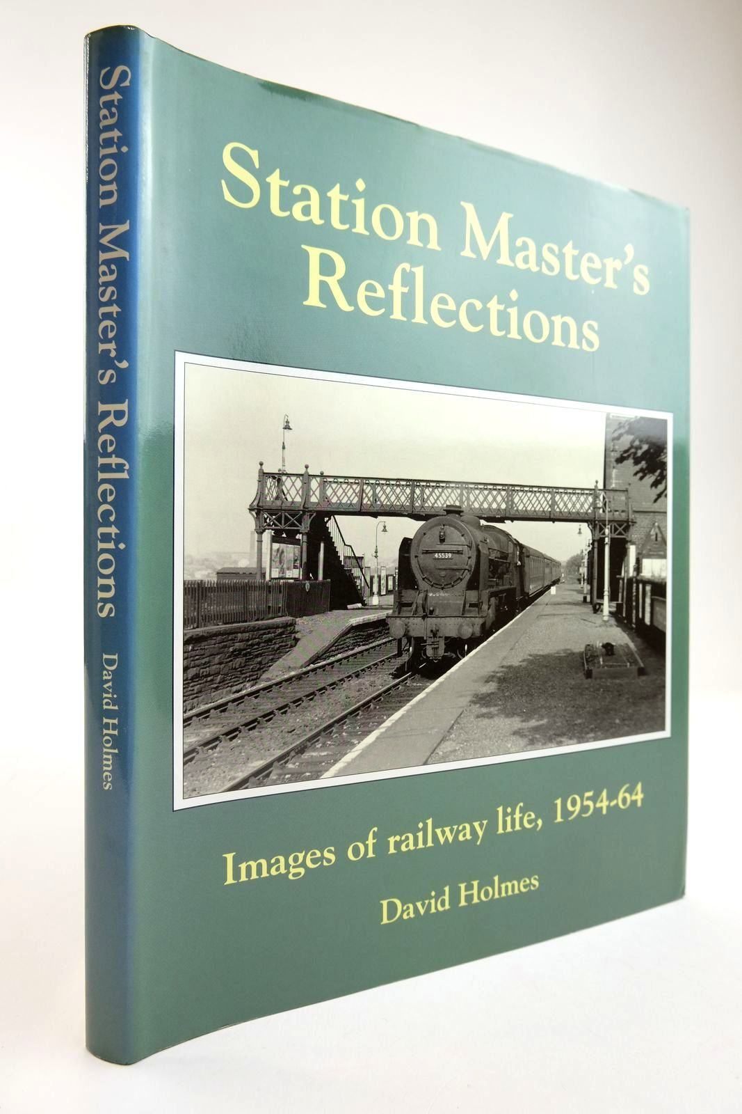 Photo of STATION MASTER'S REFLECTIONS written by Holmes, David published by Book Club Associates (STOCK CODE: 2133803)  for sale by Stella & Rose's Books