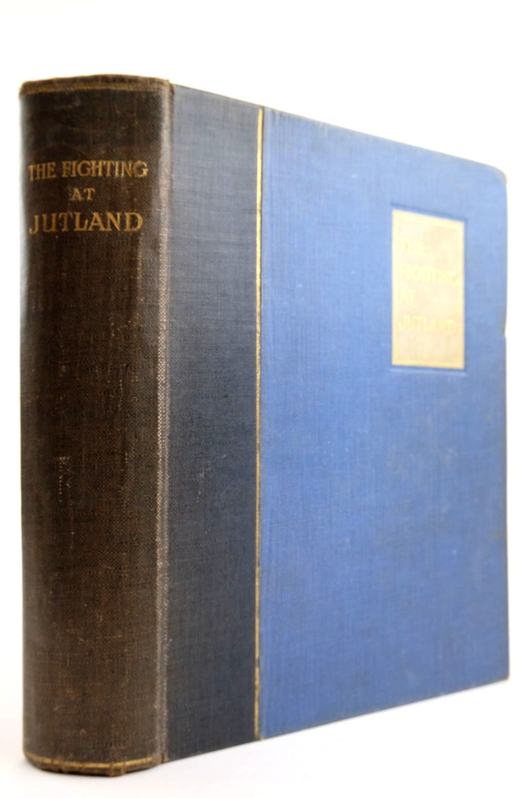 Photo of THE FIGHTING AT JUTLAND written by Fawcett, H.W. Hooper, G.W.W. published by Macmillan & Co. Ltd. (STOCK CODE: 2134014)  for sale by Stella & Rose's Books
