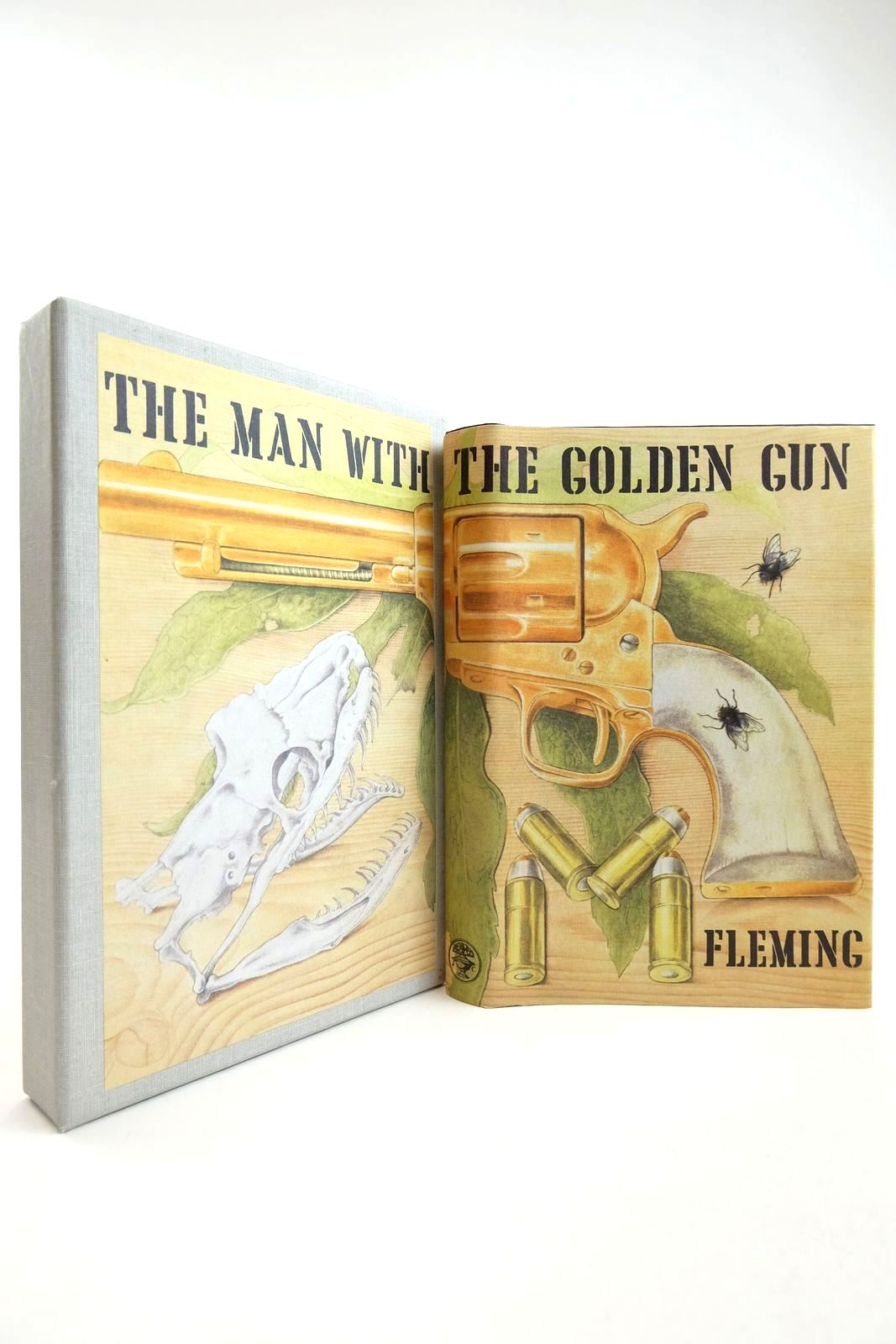Photo of THE MAN WITH THE GOLDEN GUN- Stock Number: 2134204