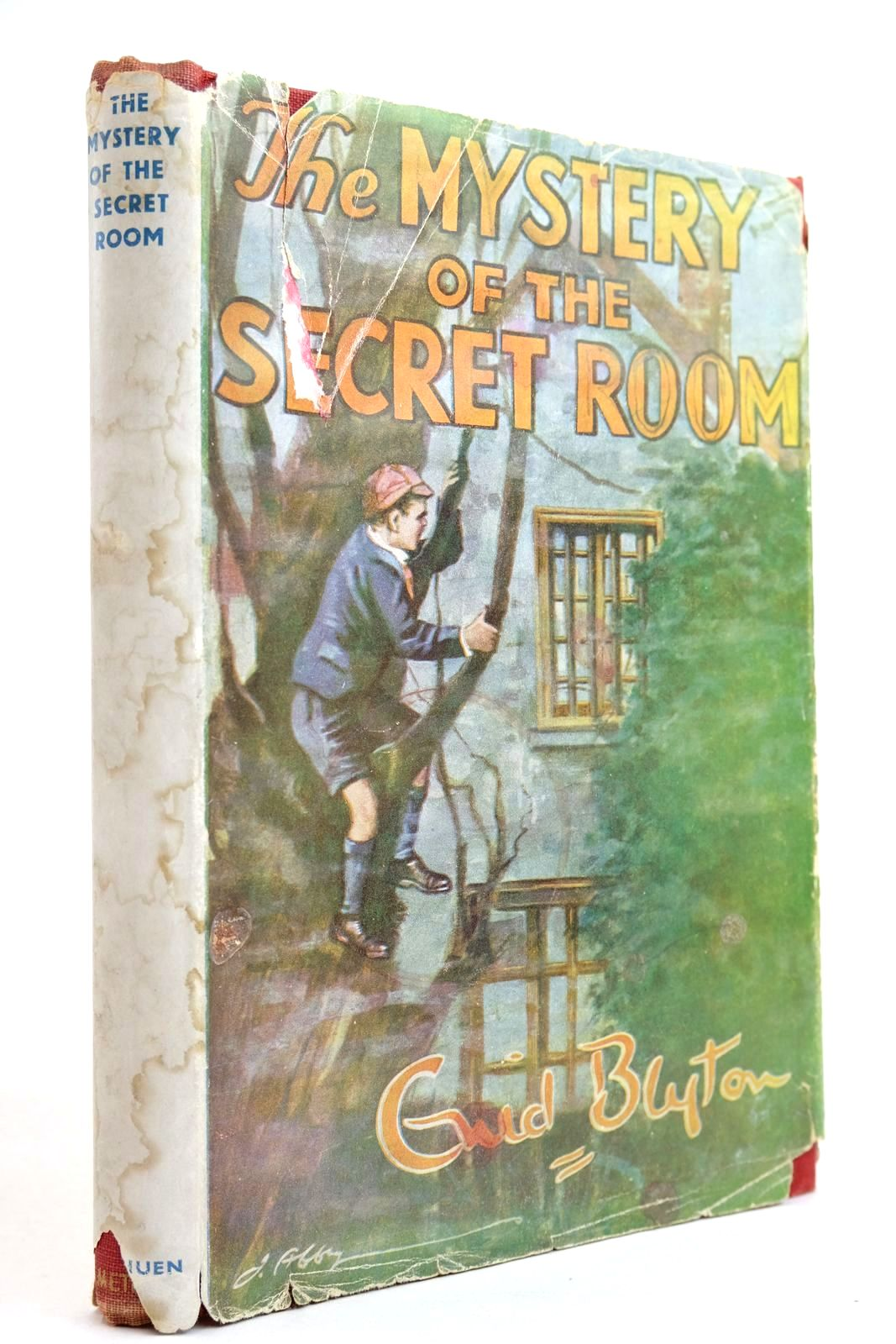 Photo of THE MYSTERY OF THE SECRET ROOM written by Blyton, Enid illustrated by Abbey, J. published by Methuen & Co. Ltd. (STOCK CODE: 2134316)  for sale by Stella & Rose's Books