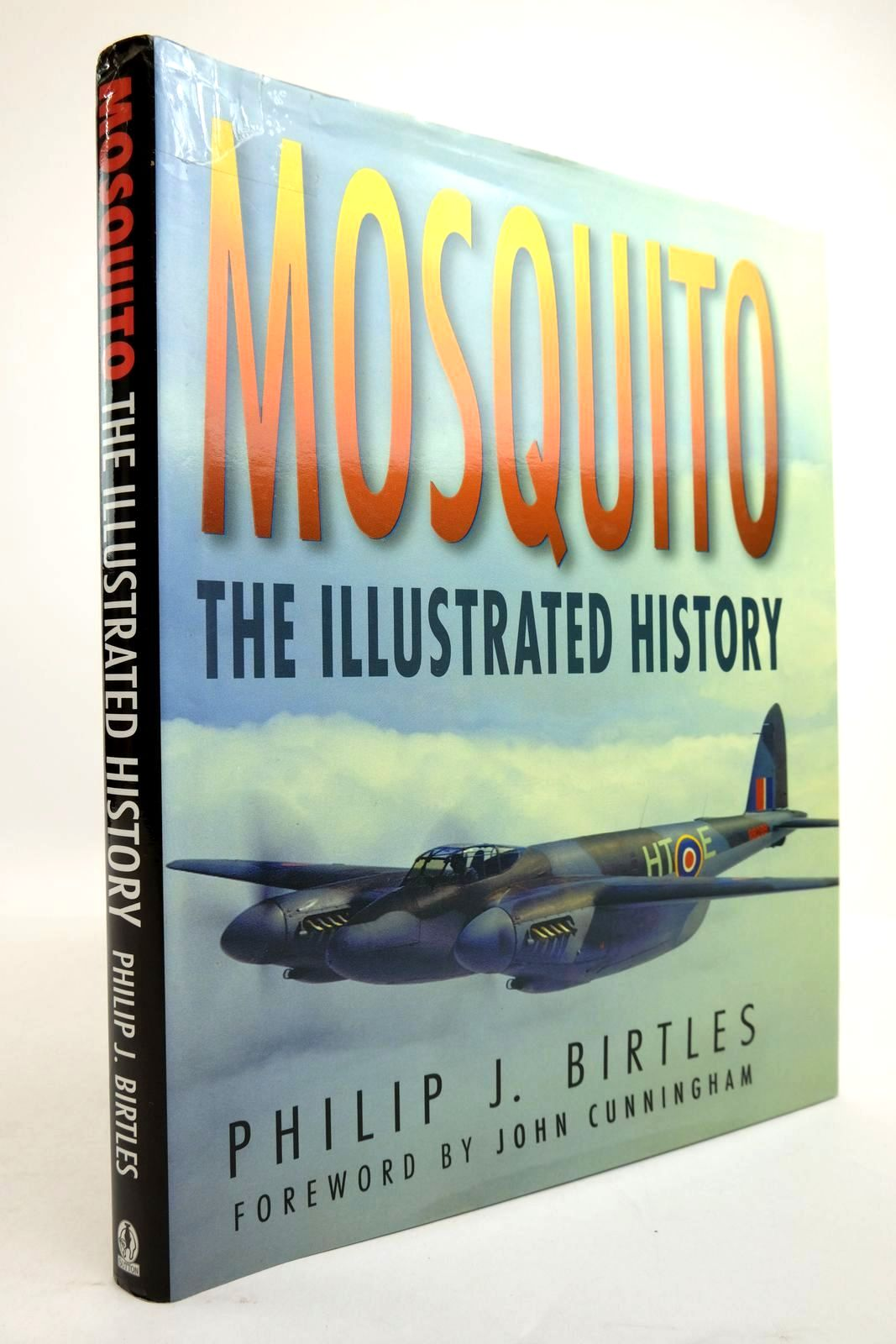 Photo of MOSQUITO THE ILLUSTRATED HISTORY written by Birtles, Philip J. published by Sutton Publishing (STOCK CODE: 2134465)  for sale by Stella & Rose's Books