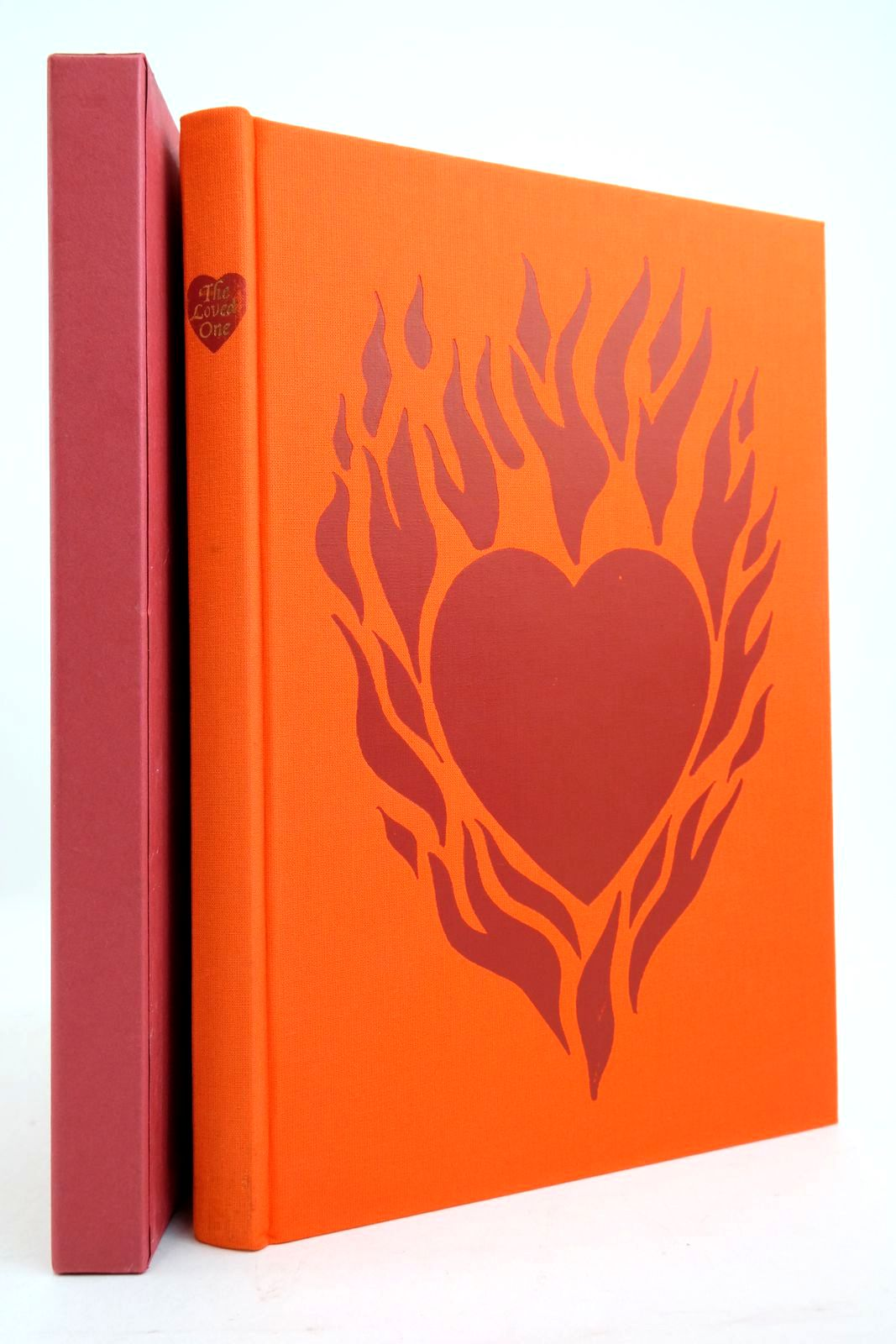 Photo of THE LOVED ONE written by Waugh, Evelyn illustrated by Cook, Beryl published by Folio Society (STOCK CODE: 2134690)  for sale by Stella & Rose's Books