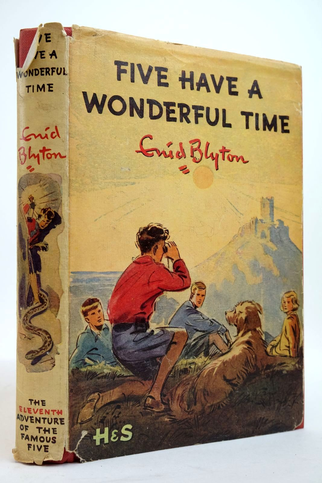 Photo of FIVE HAVE A WONDERFUL TIME written by Blyton, Enid illustrated by Soper, Eileen published by Hodder & Stoughton (STOCK CODE: 2134944)  for sale by Stella & Rose's Books