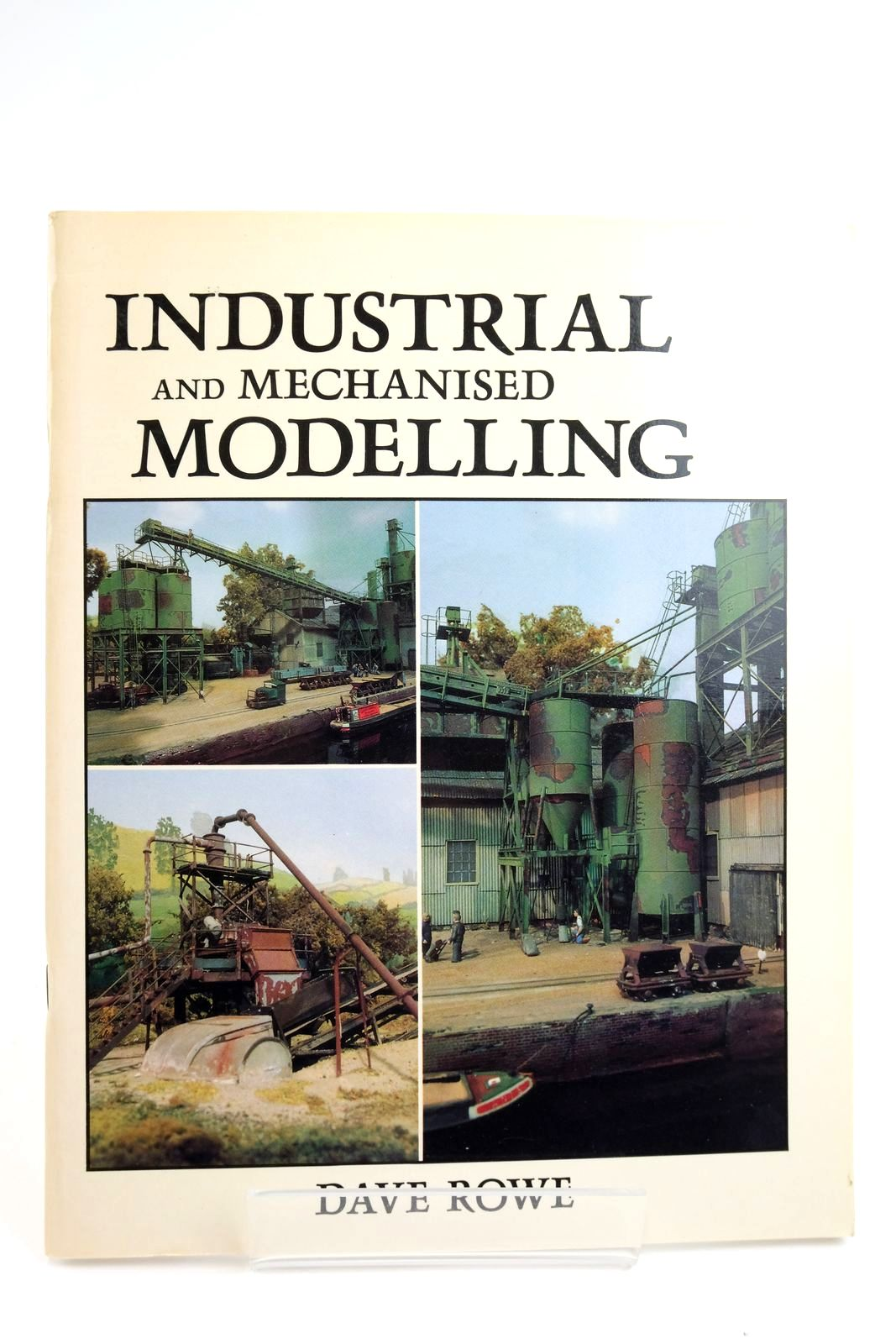 Photo of INDUSTRIAL AND MECHANISED MODELLING- Stock Number: 2135194