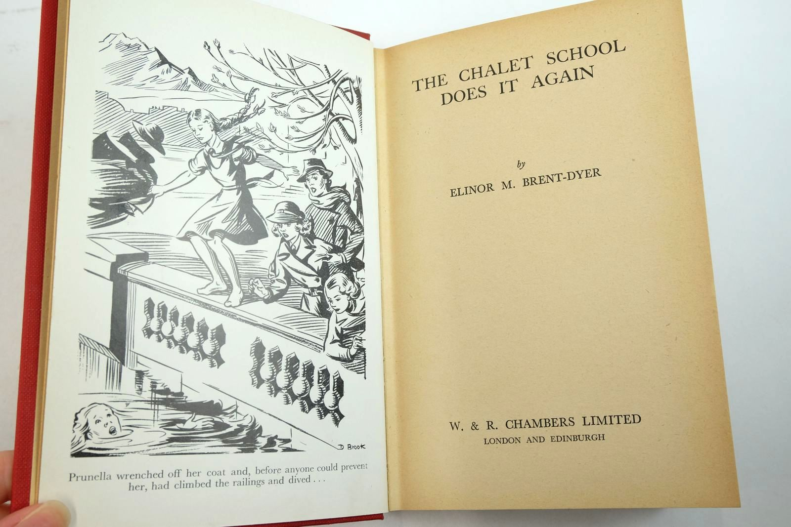 Photo of THE CHALET SCHOOL DOES IT AGAIN written by Brent-Dyer, Elinor M. illustrated by Brook, D. published by W. & R. Chambers Limited (STOCK CODE: 2135223)  for sale by Stella & Rose's Books