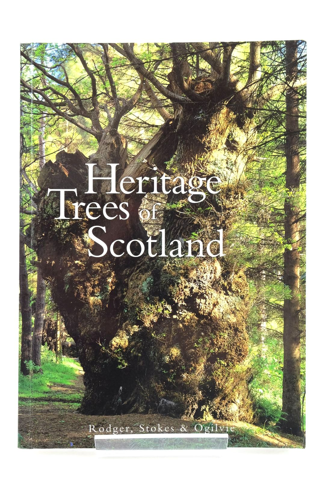 Photo of THE HERITAGE TREES OF SCOTLAND- Stock Number: 2135406