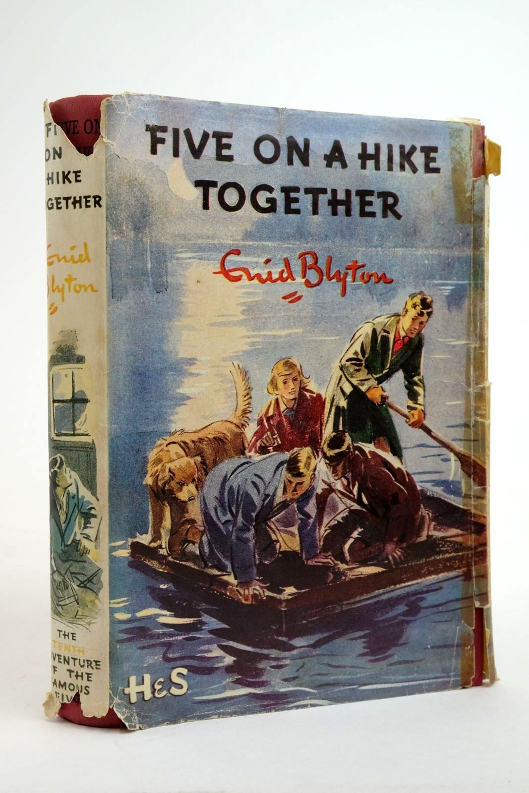 Photo of FIVE ON A HIKE TOGETHER- Stock Number: 2135589