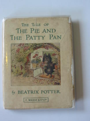 Photo of THE TALE OF THE PIE AND THE PATTY PAN written by Potter, Beatrix illustrated by Potter, Beatrix published by Frederick Warne & Co Ltd. (STOCK CODE: 316871)  for sale by Stella & Rose's Books