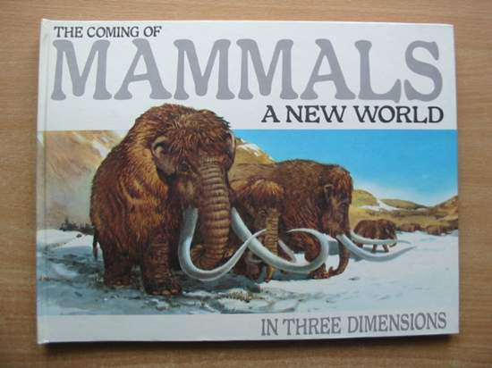 Photo of THE COMING OF MAMMALS written by Berger, Melvin illustrated by Cremins, Robert published by Child's Play (International) Ltd. (STOCK CODE: 590670)  for sale by Stella & Rose's Books