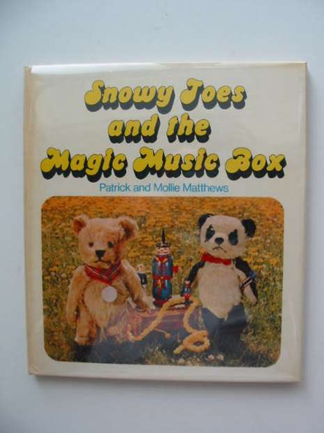 Photo of SNOWY TOES AND THE MAGIC MUSIC BOX written by Matthews, Patrick Matthews, Mollie published by Pelham Books (STOCK CODE: 592516)  for sale by Stella & Rose's Books